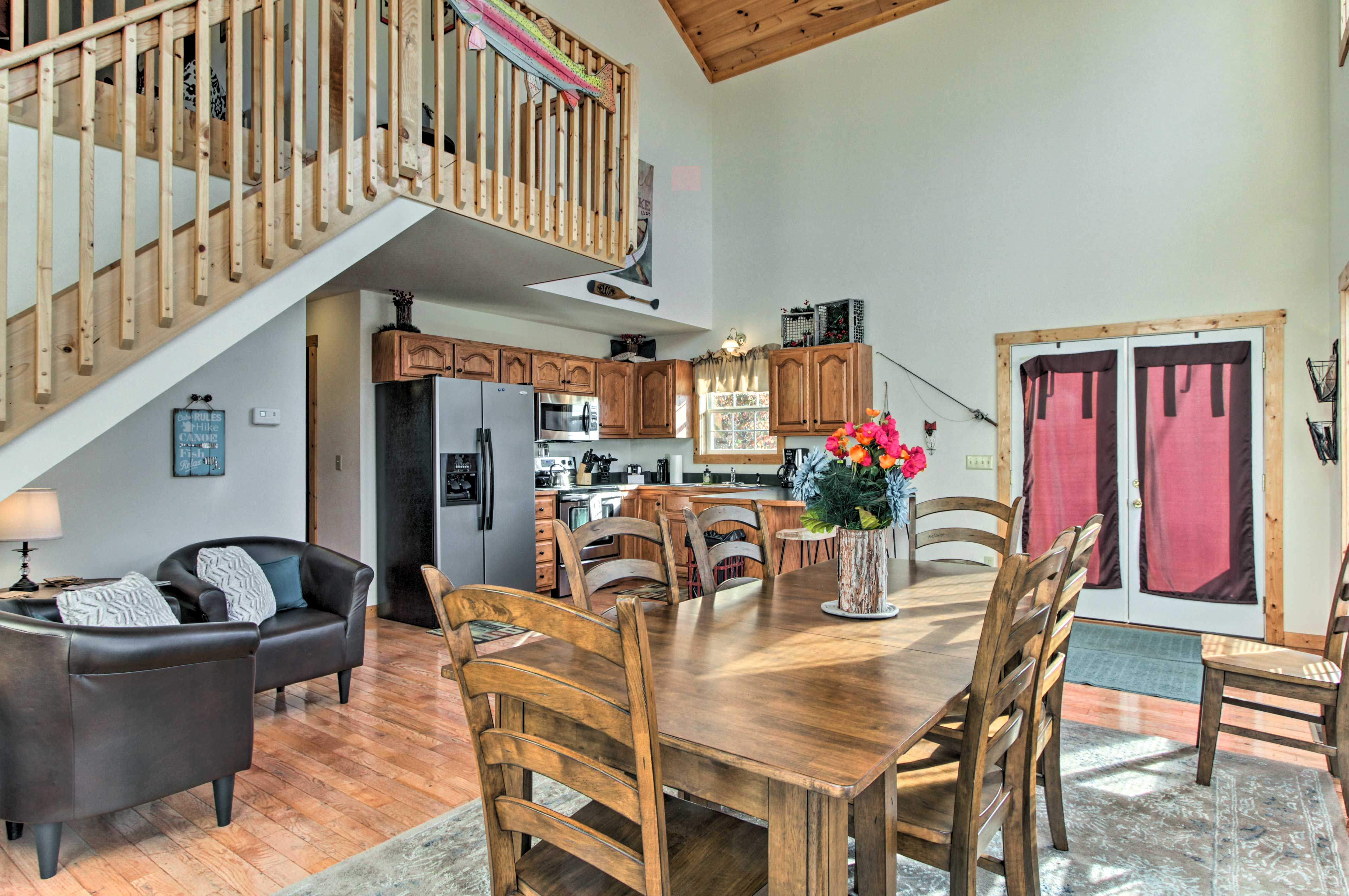 The first floor features the fully equipped kitchen and dining area.