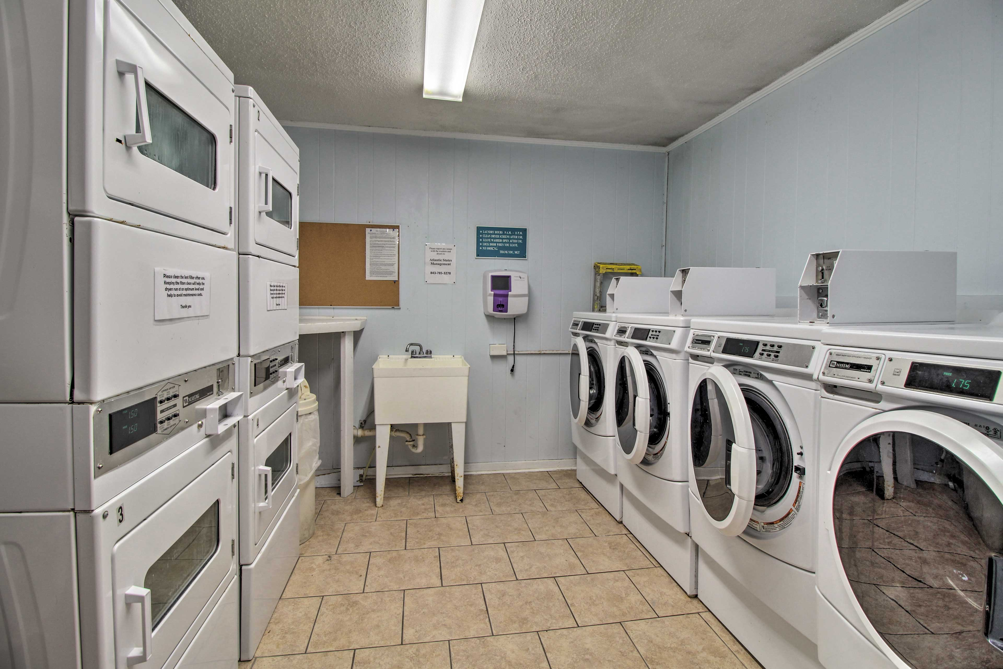 Community Laundry Room   Coin-Operated Laundry Machines