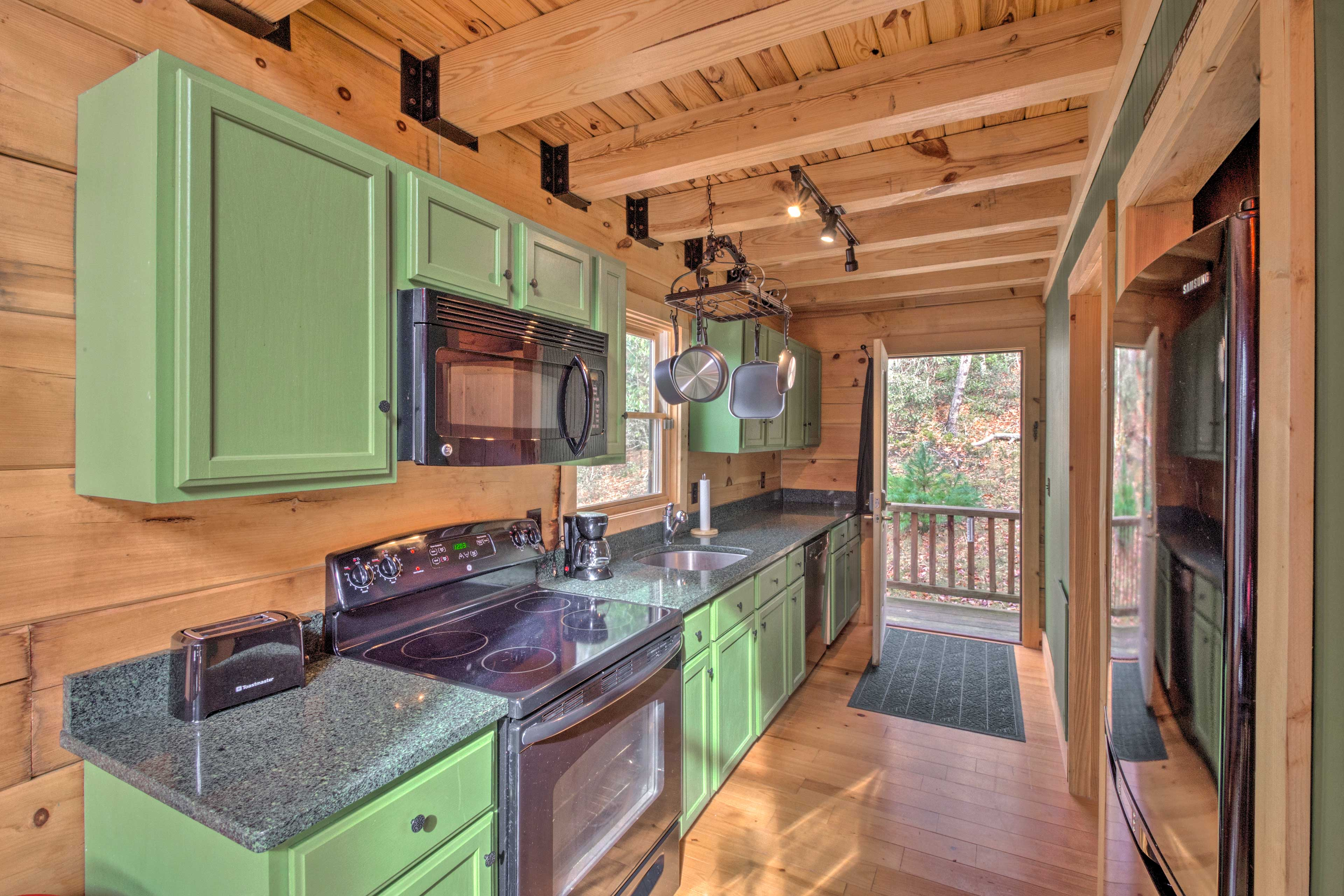 The fully equipped kitchen boasts everything you could need.