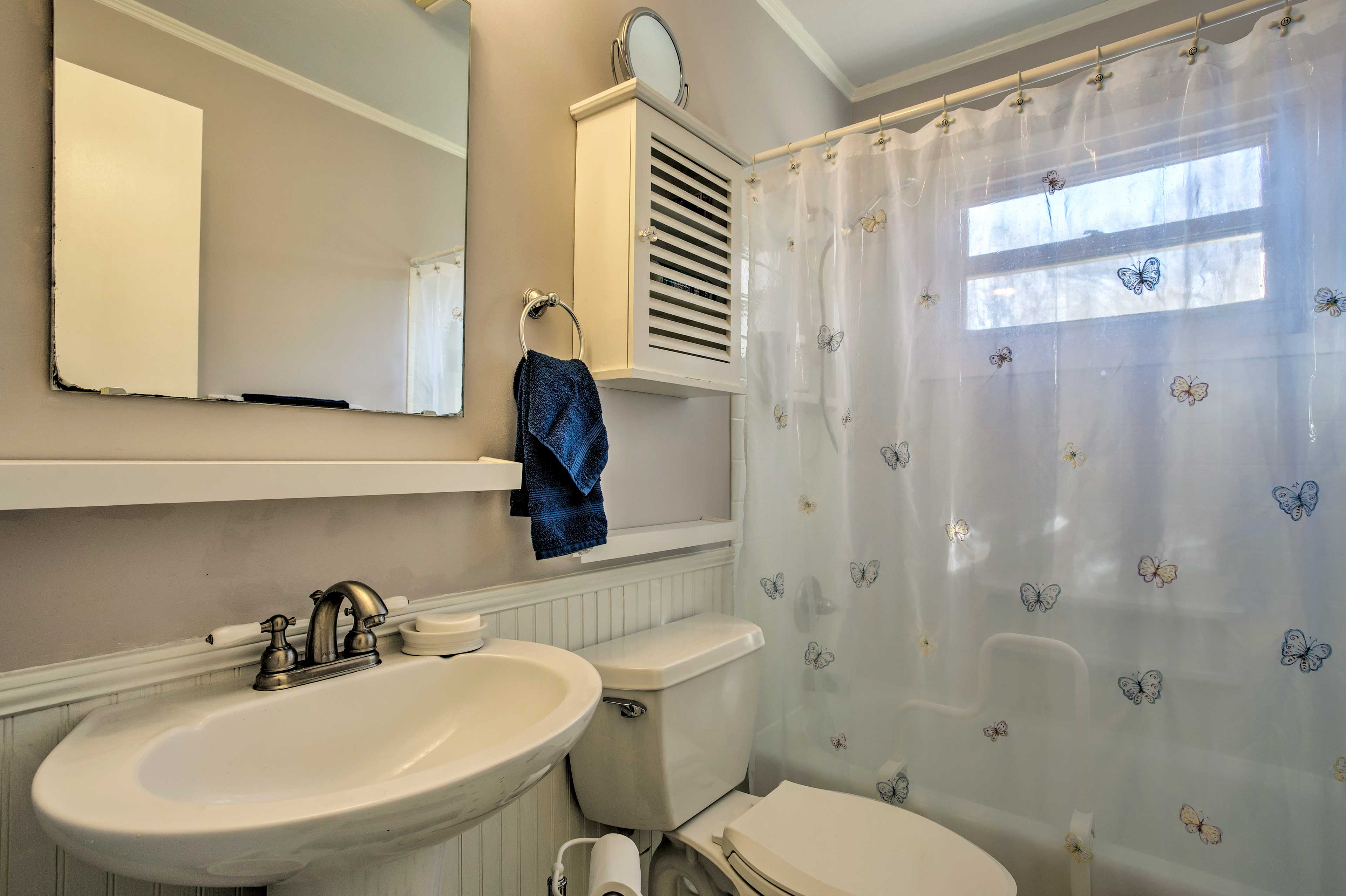 Rise and shine with a refreshing shower in one of 2 full bathrooms.