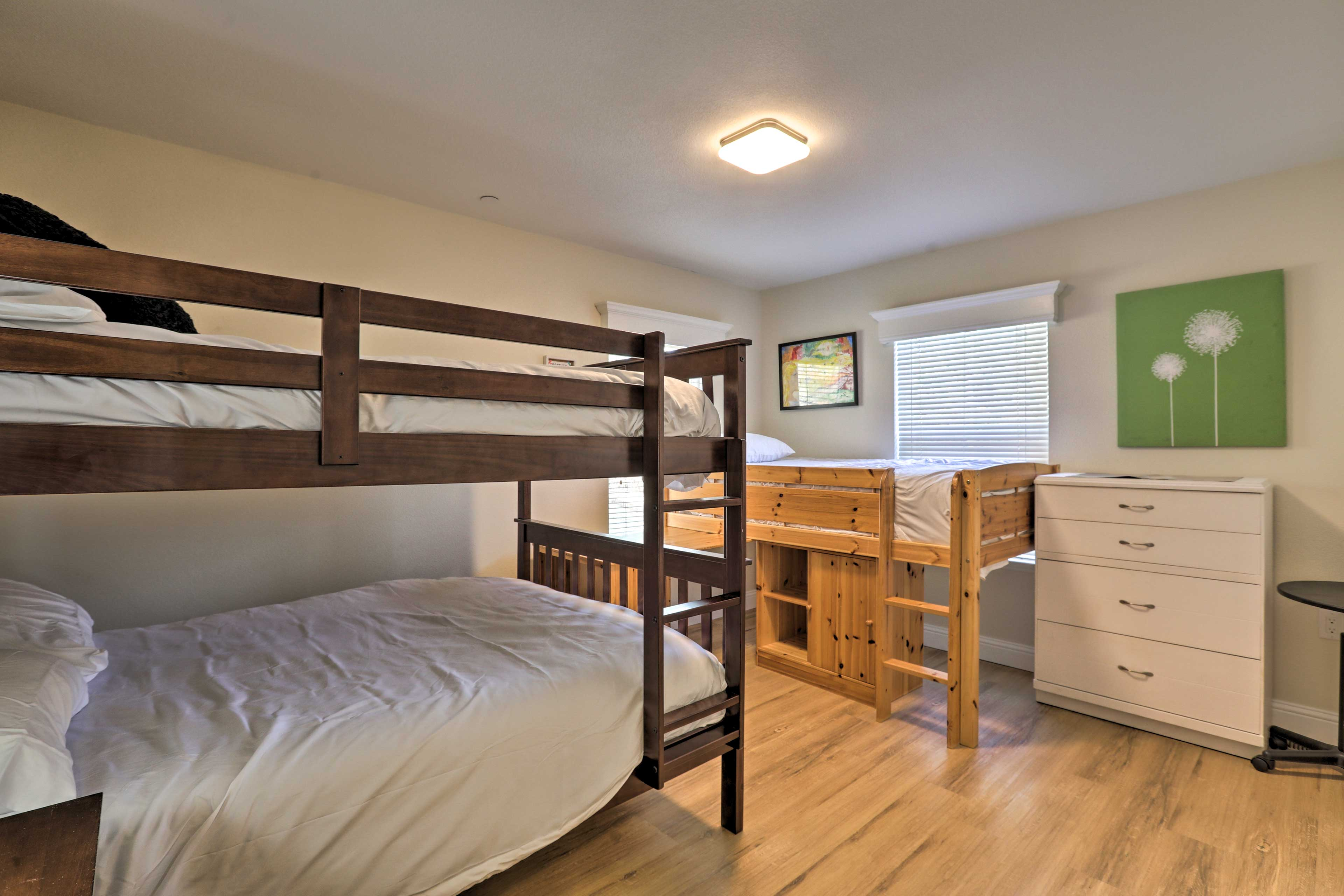 Kids and friends alike will enjoy sharing this bunk room.