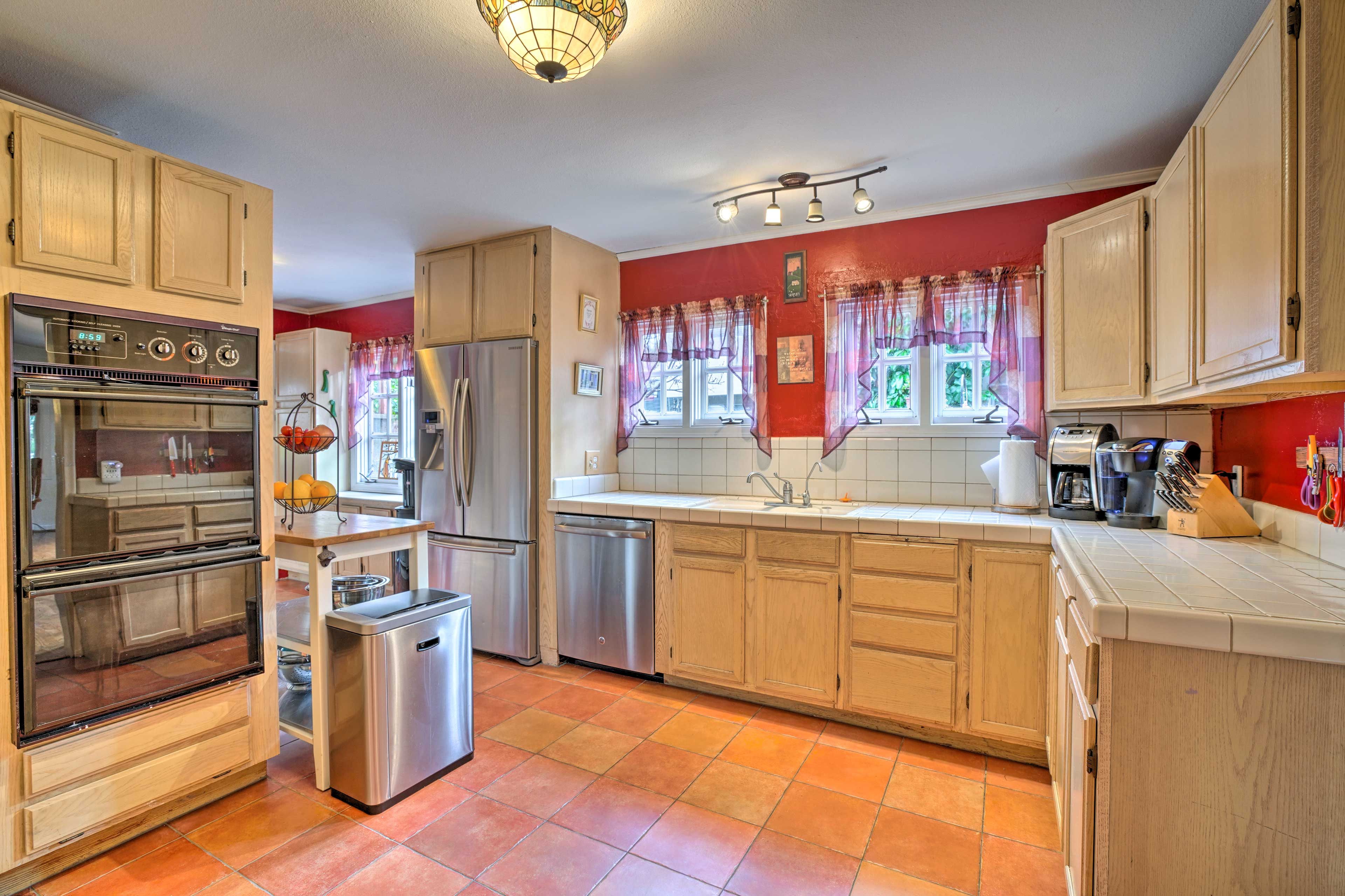 The fully equipped kitchen has everything you'll need to whip up specialties.