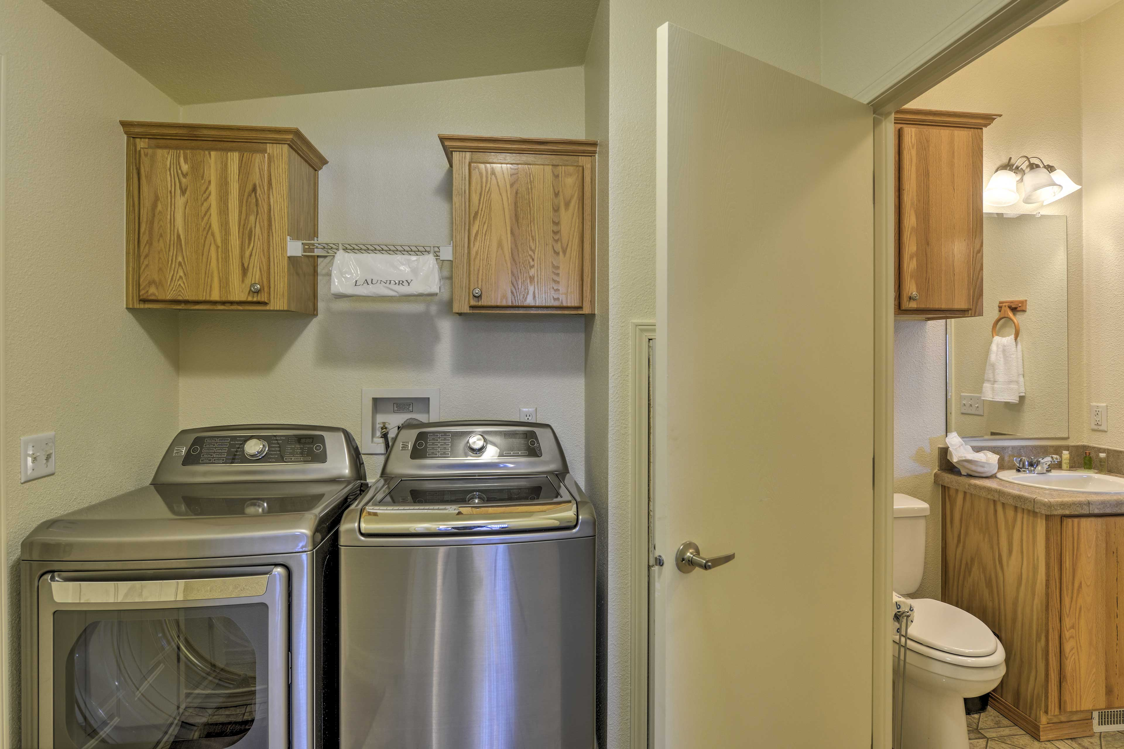 Keep your wardrobe fresh with the in-unit laundry machines.