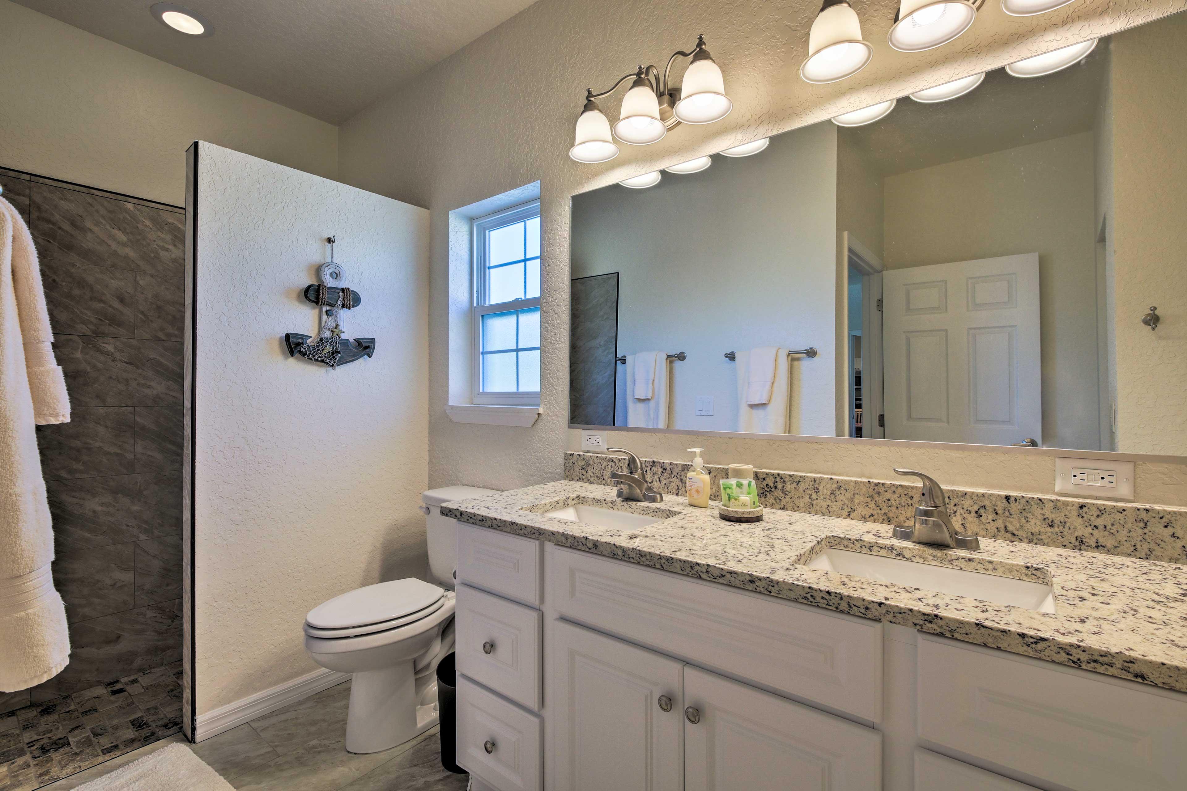The master en-suite bathroom is sure to impress.