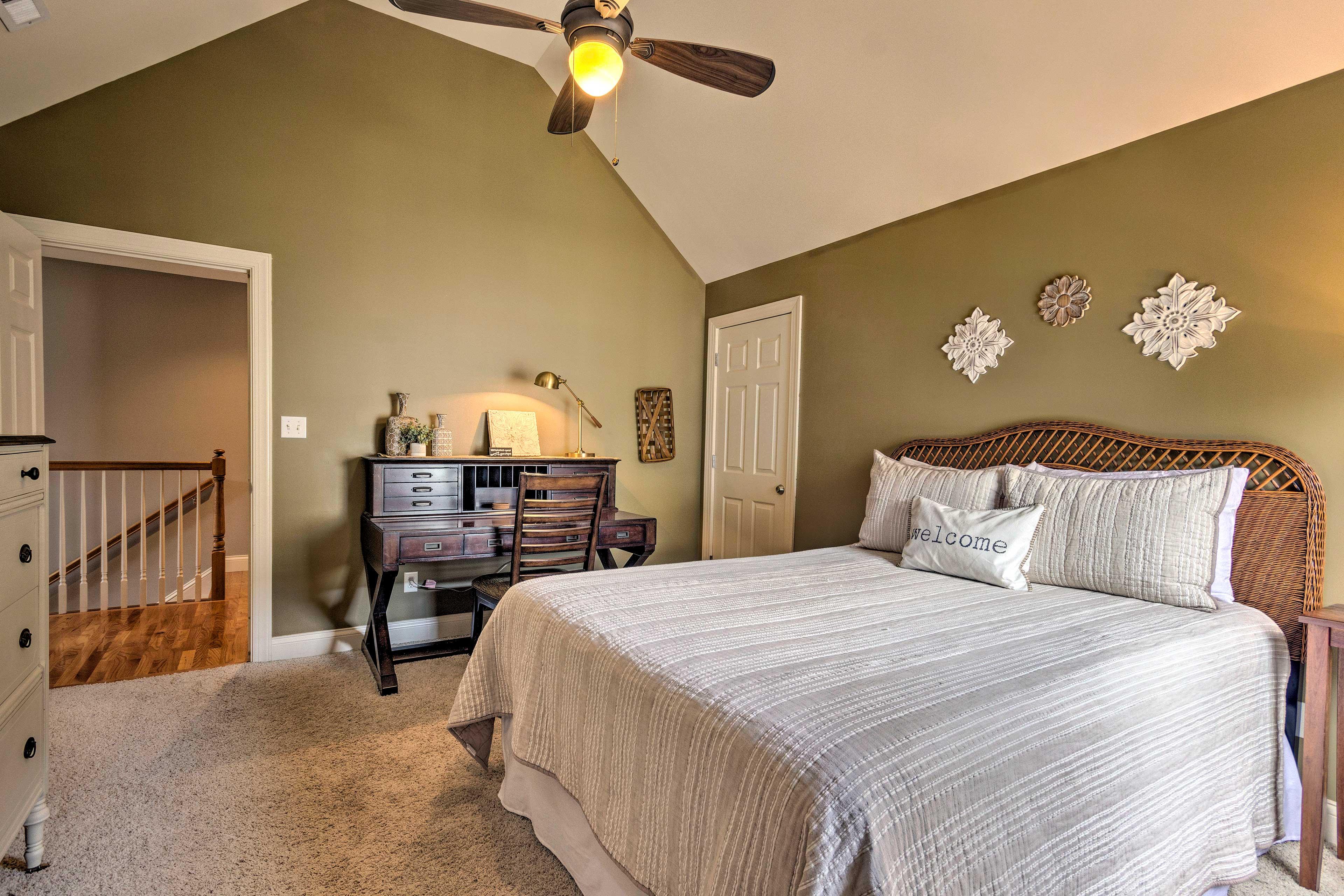 The third bedroom now has a queen bed.
