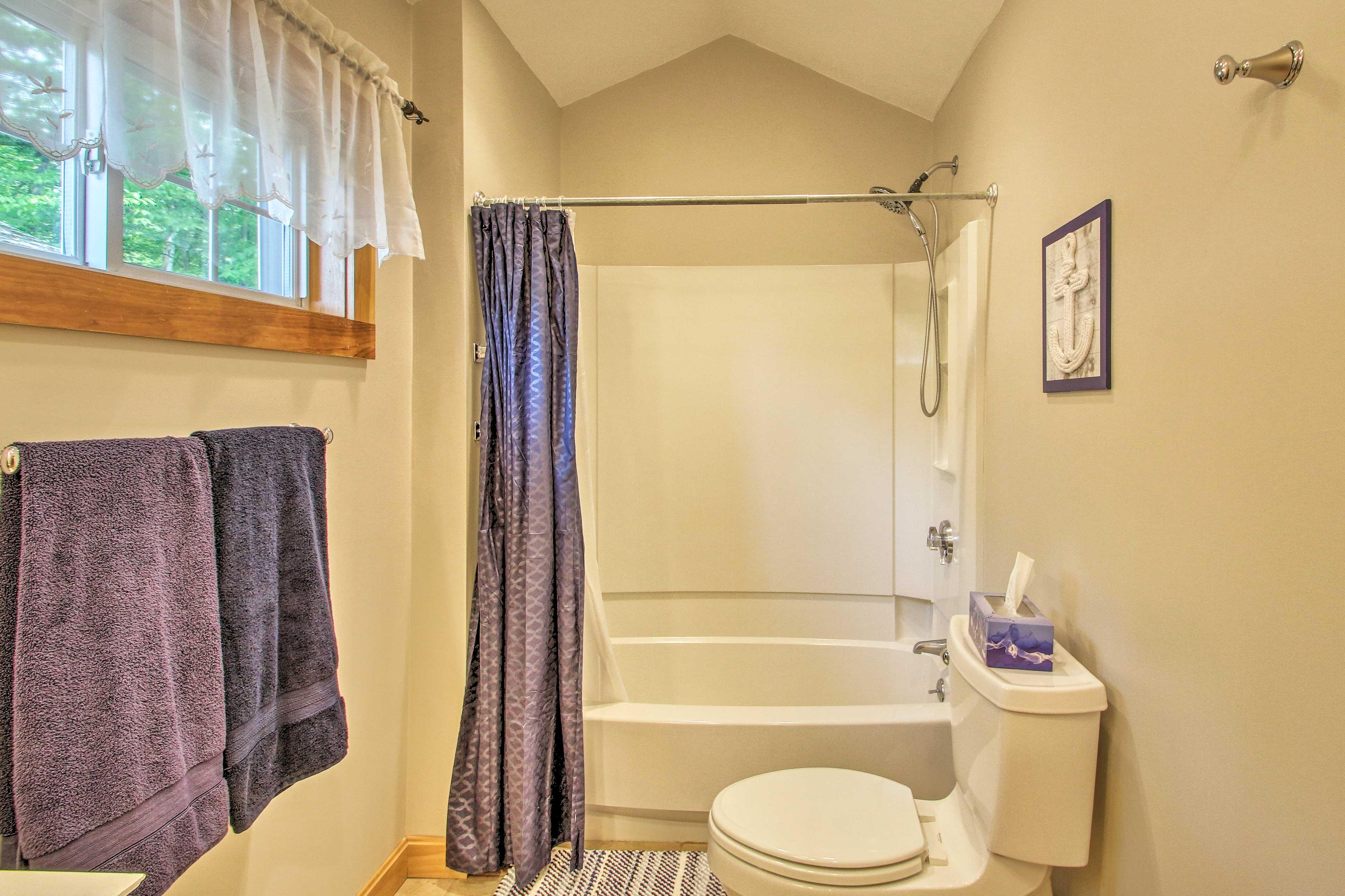 This home has 2 pristine bathrooms.