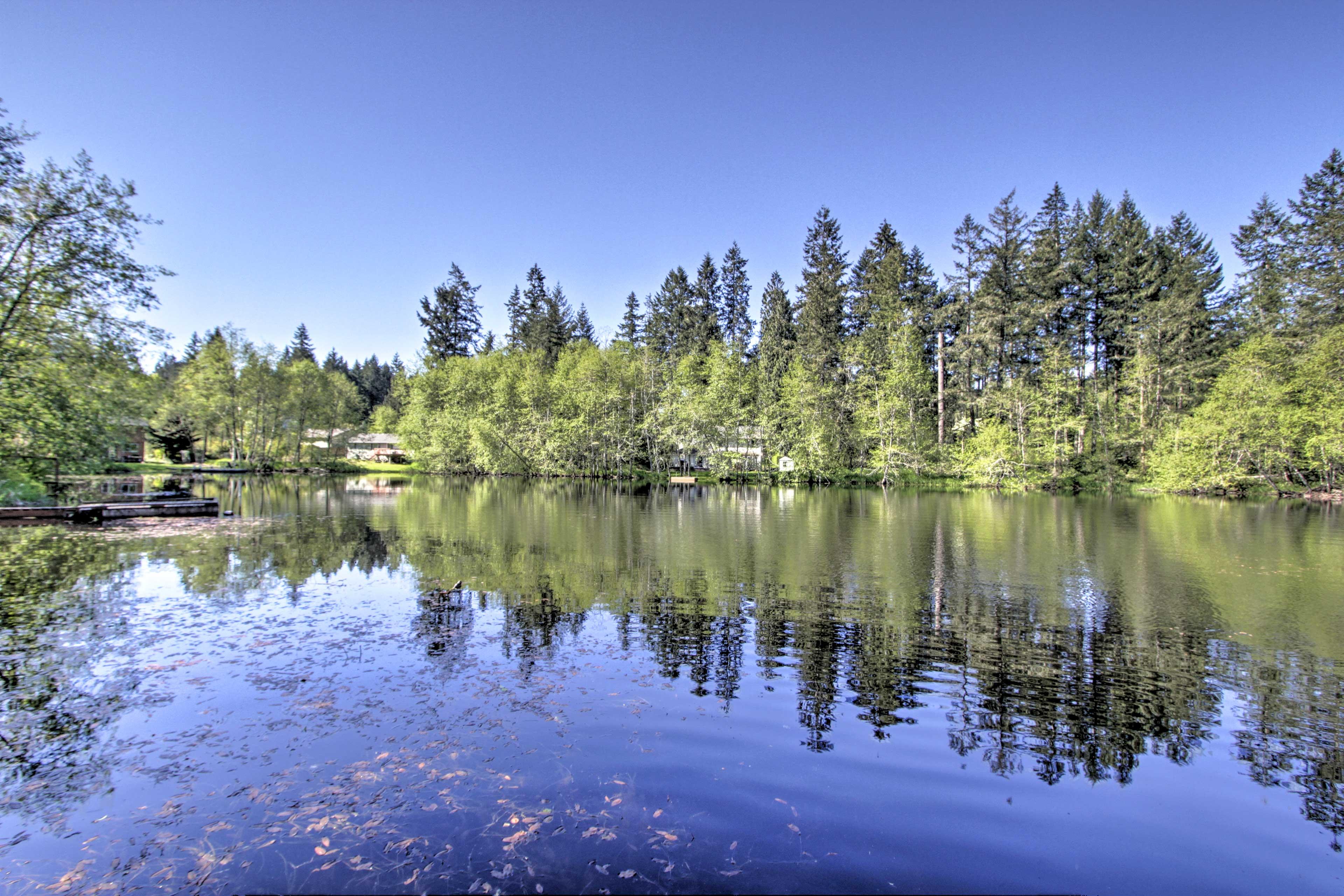 Your family lake retreat awaits!