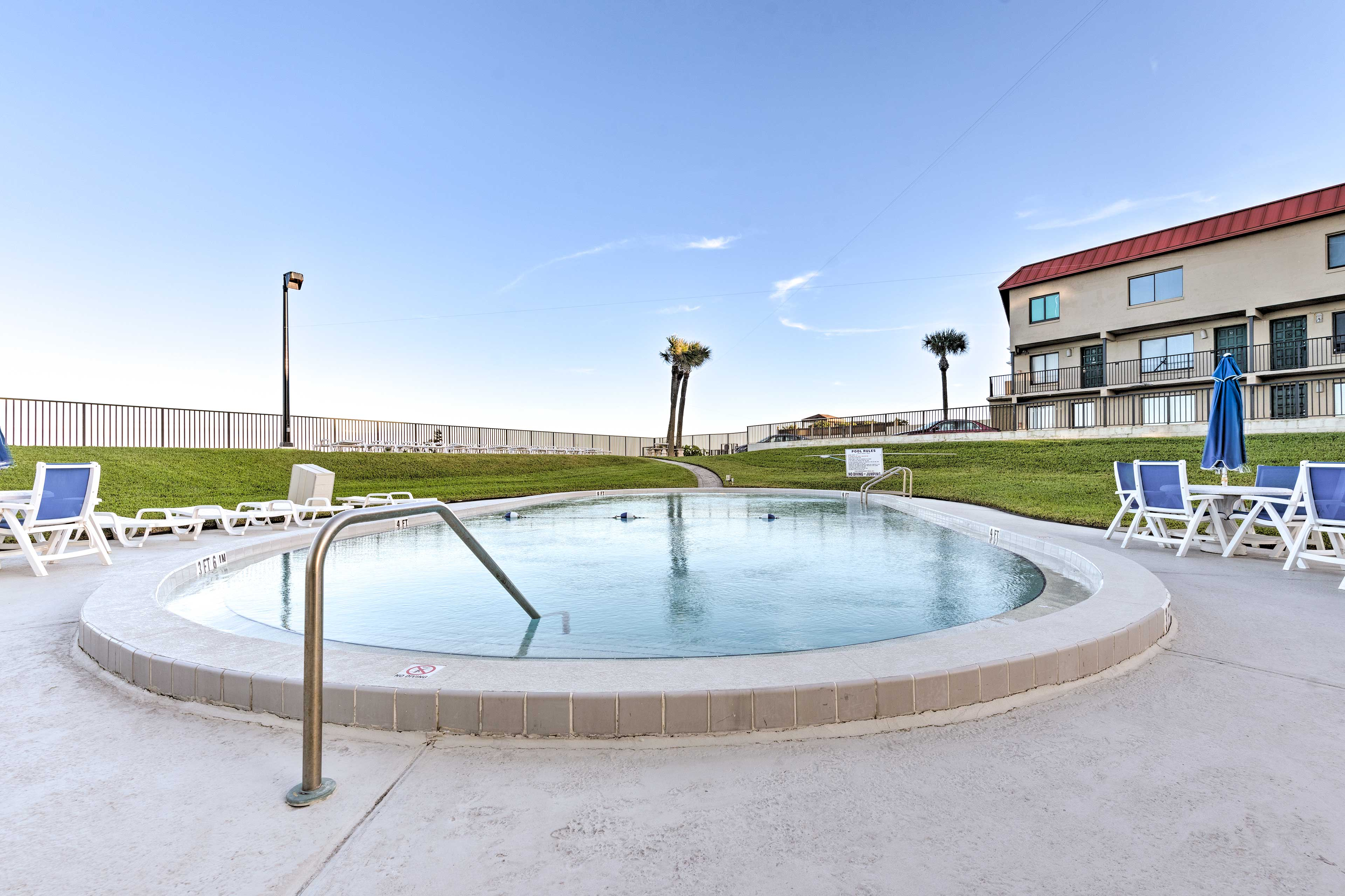 Relax by the pool or meander just steps to Daytona Beach!