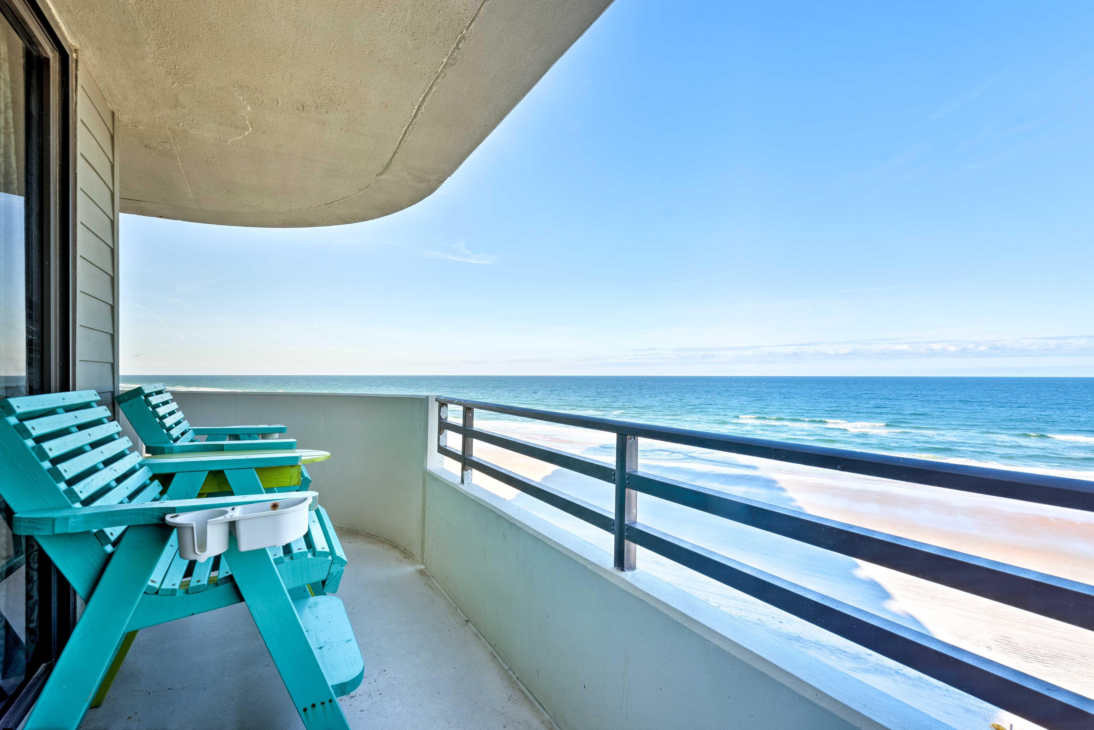 Your relaxing Daytona Beach getaway awaits at this 2-BR, 2-BA vacation rental.