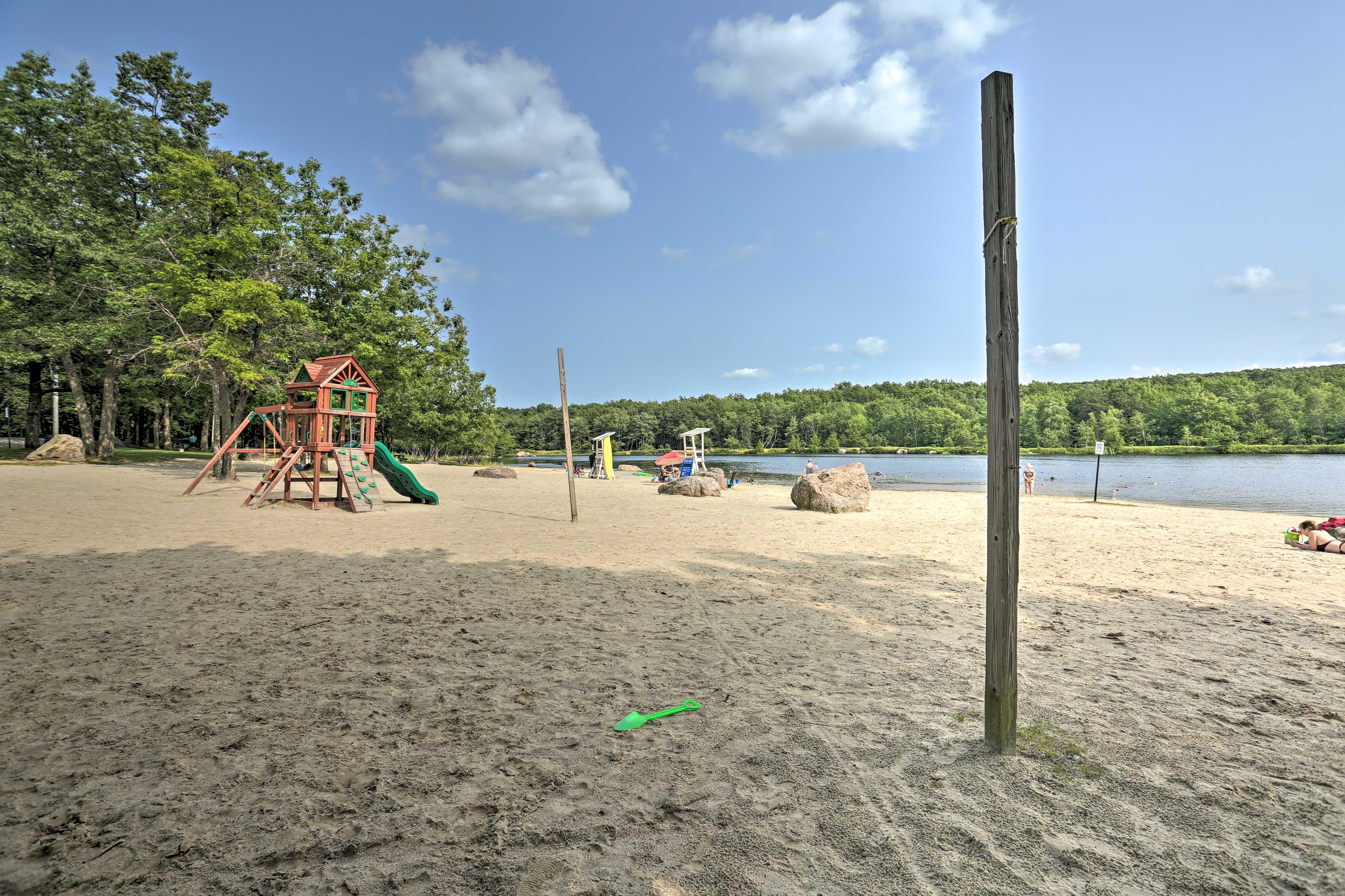 Enjoy access to this community beach!