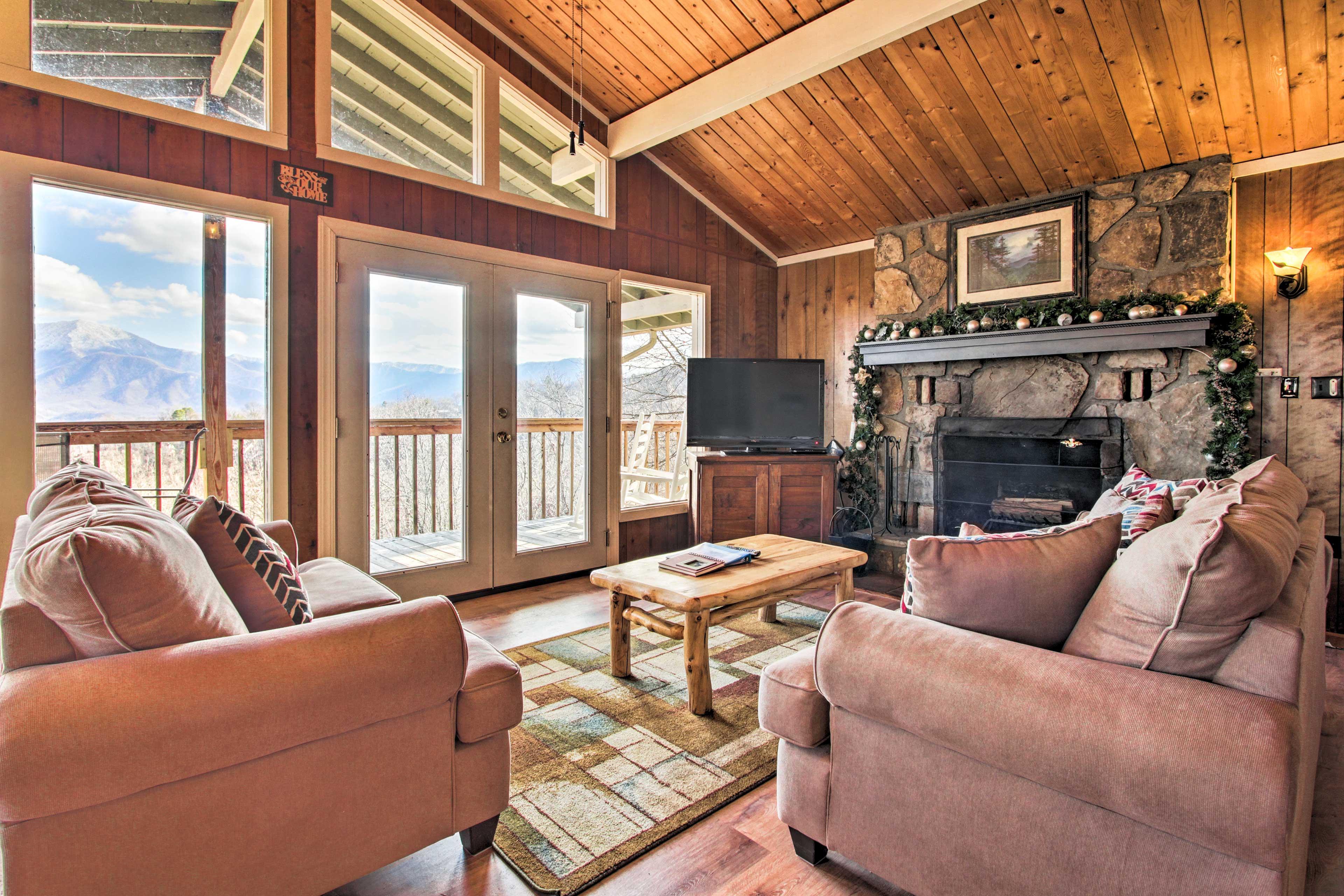 Plan a Smoky Mountain getaway to this Gatlinburg vacation rental cabin!