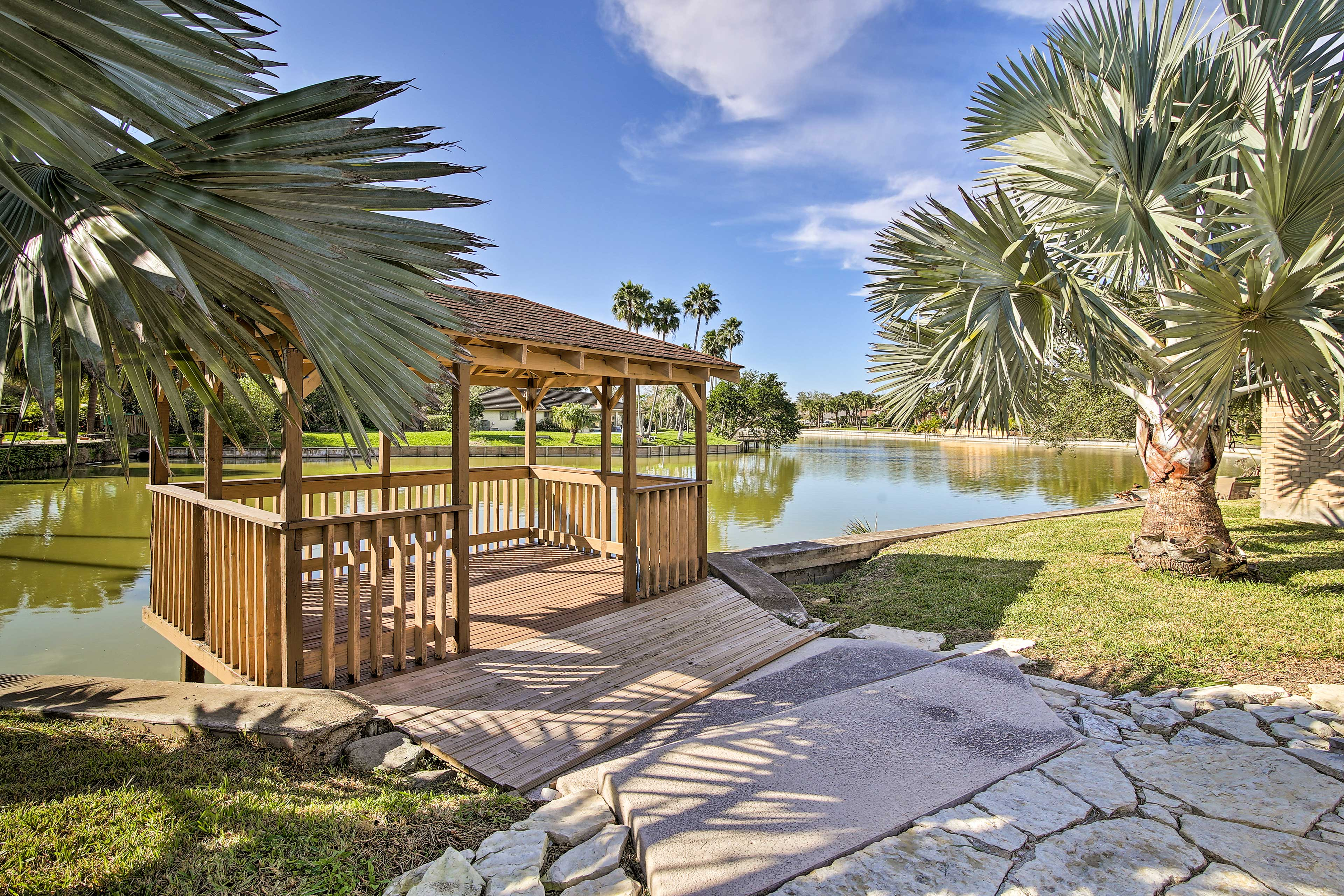 Enjoy the Texas sunshine from your waterfront gazebo!