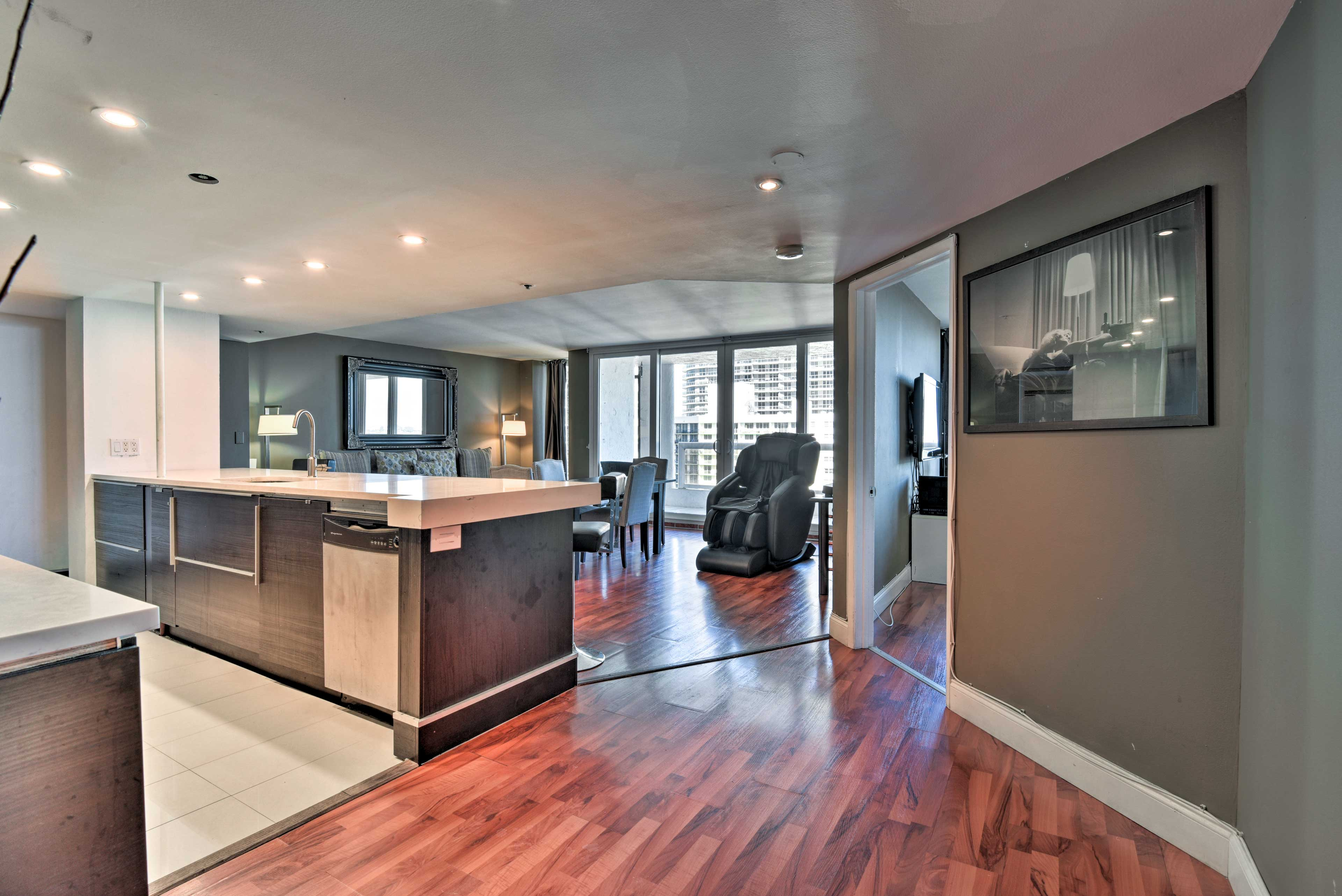 This top-notch property has floor-to-ceiling windows for ample natural sunlight.