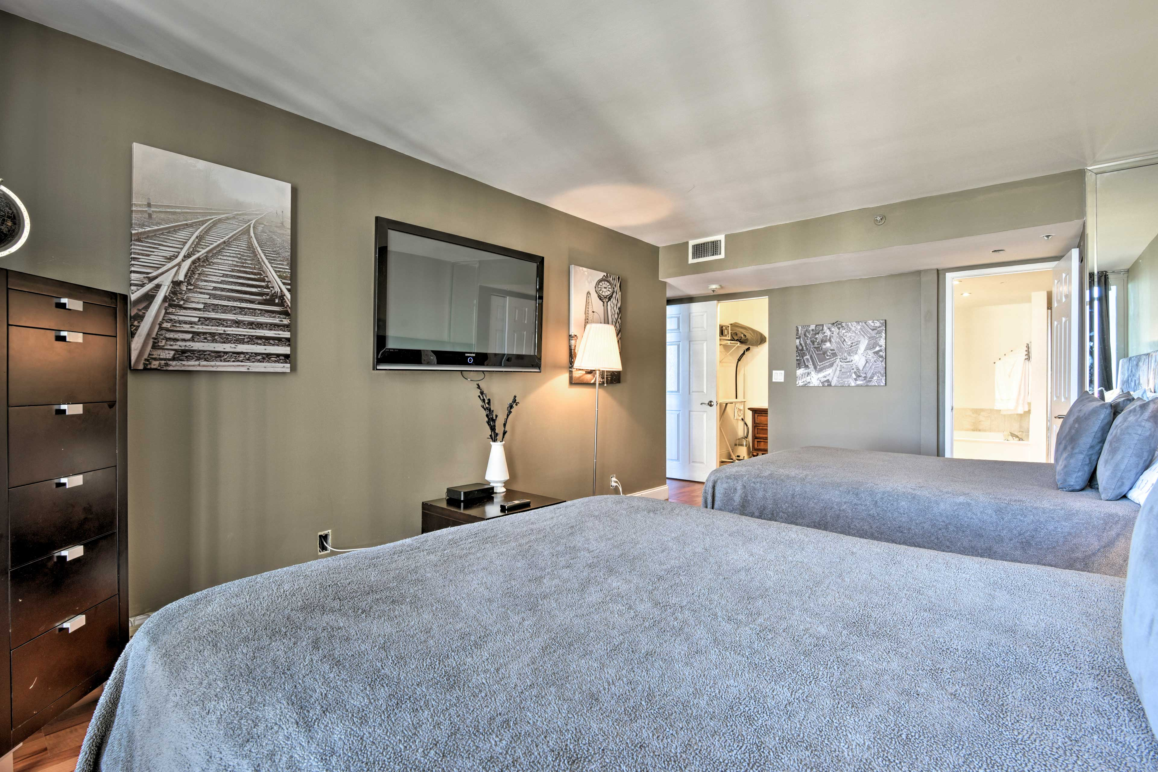 Each bedroom has patio access and a flat-screen cable TV.