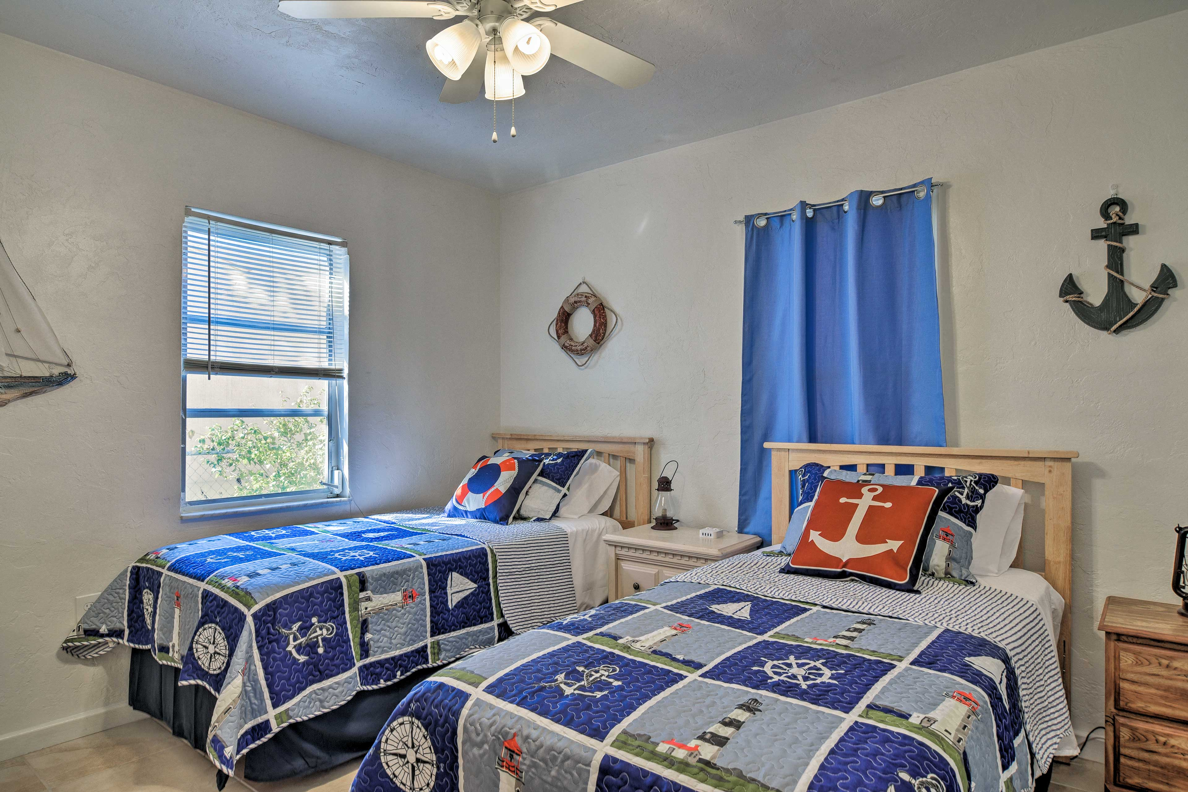 The 2nd bedroom features 2 twin beds, great for kids to make their home!