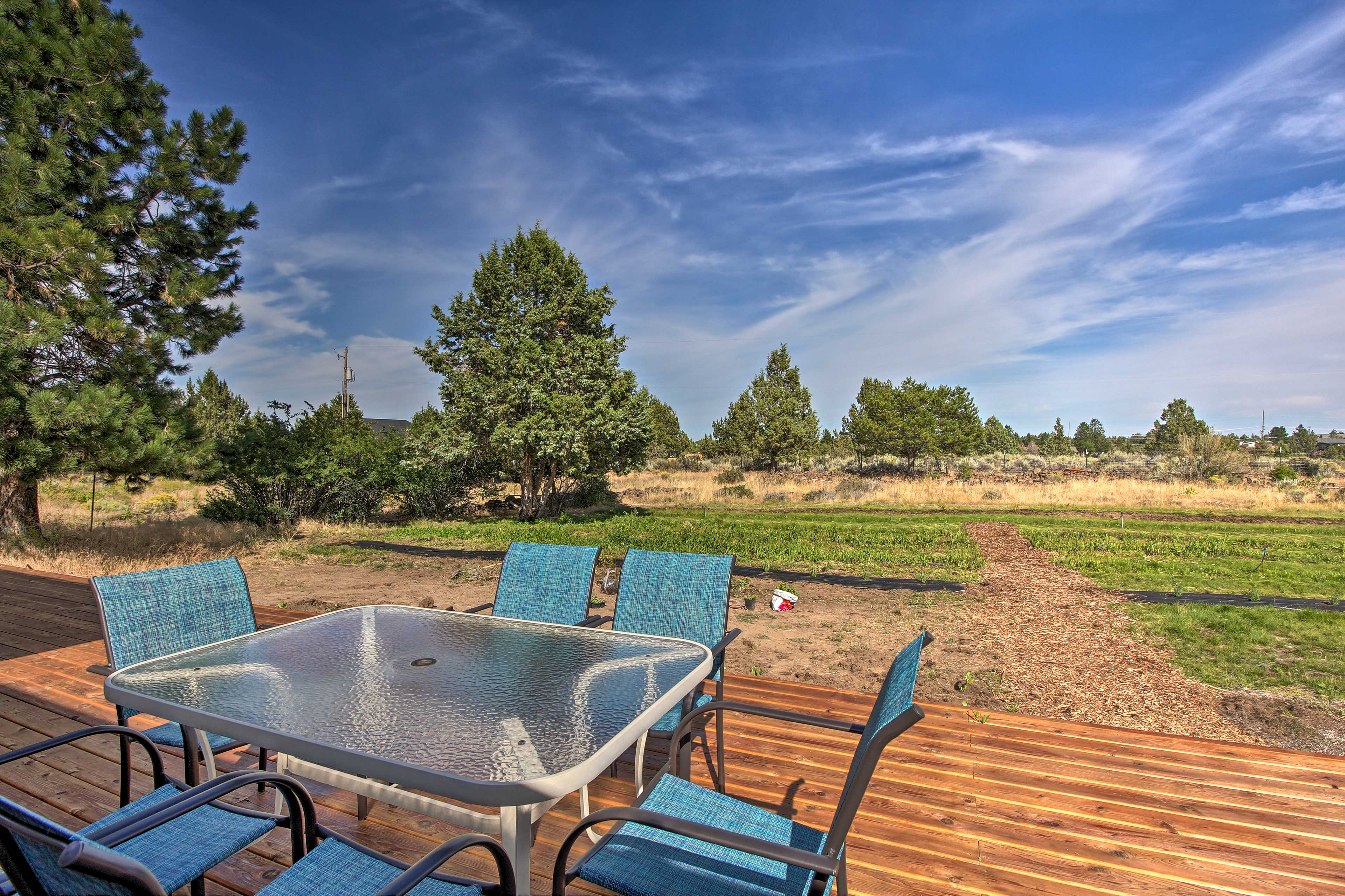 Dine al fresco and enjoy the great outdoors.