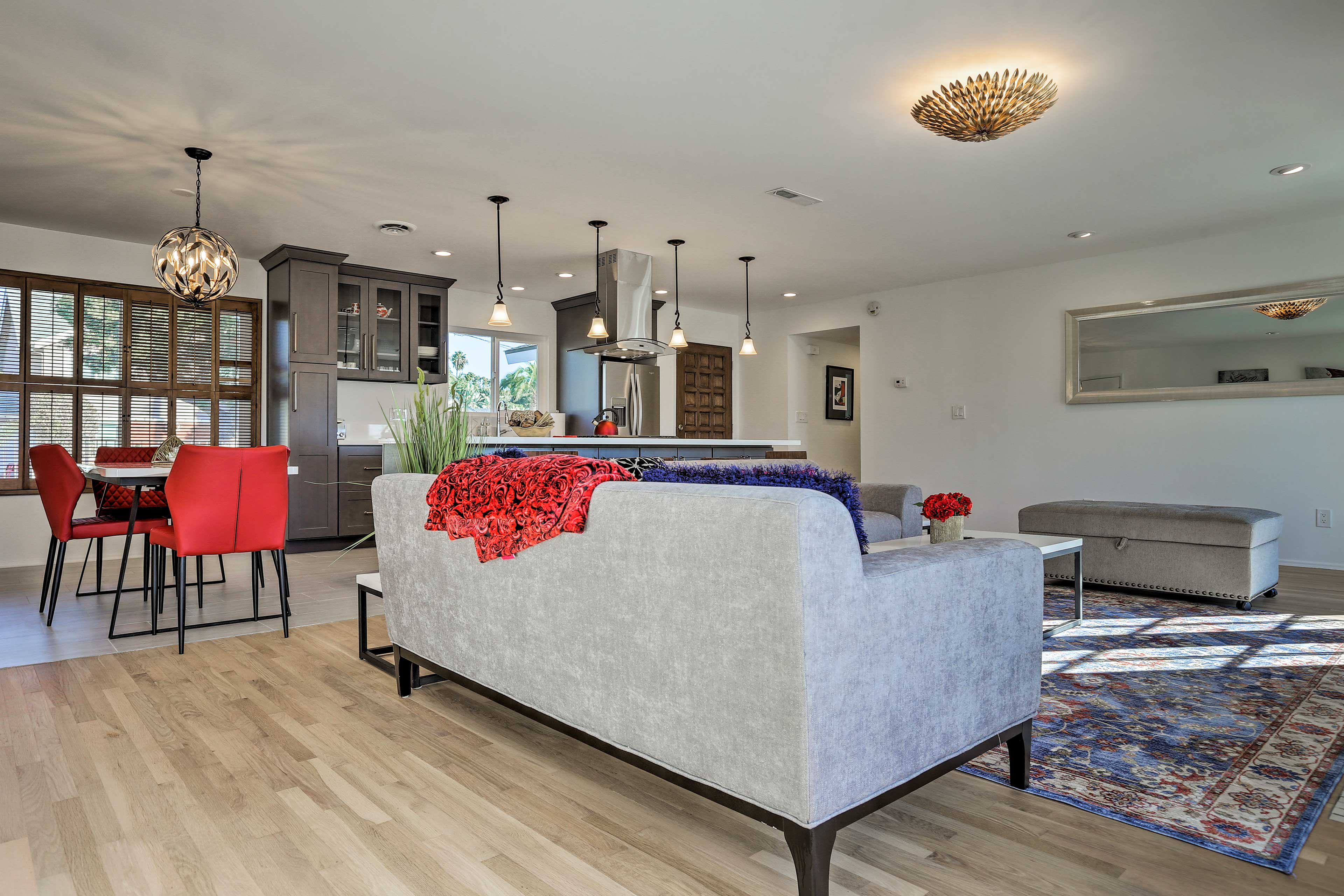 The open living space is perfect for conversing with your friends and family.