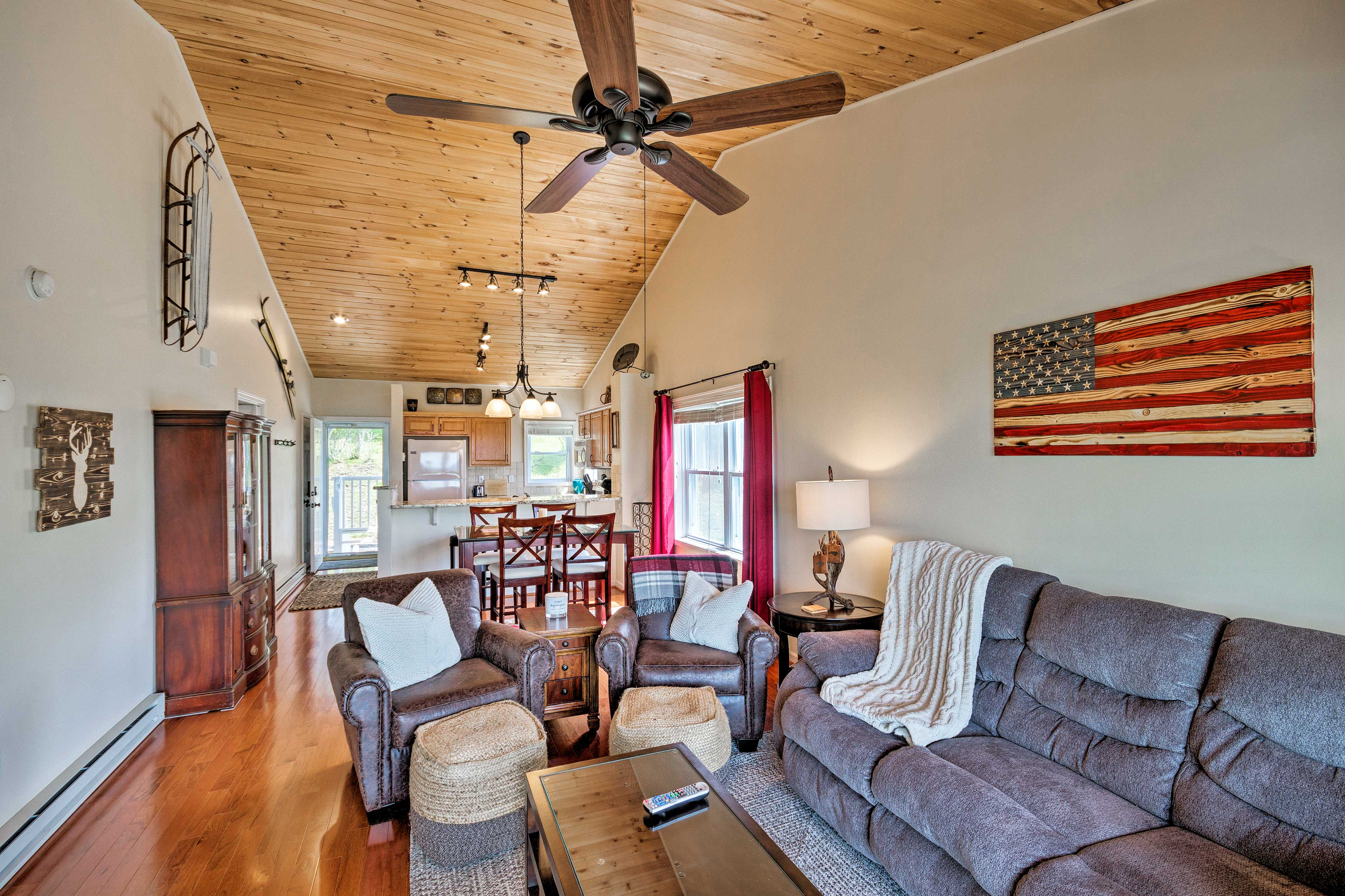 The open floor plan makes it easy to socialize in this cozy unit.