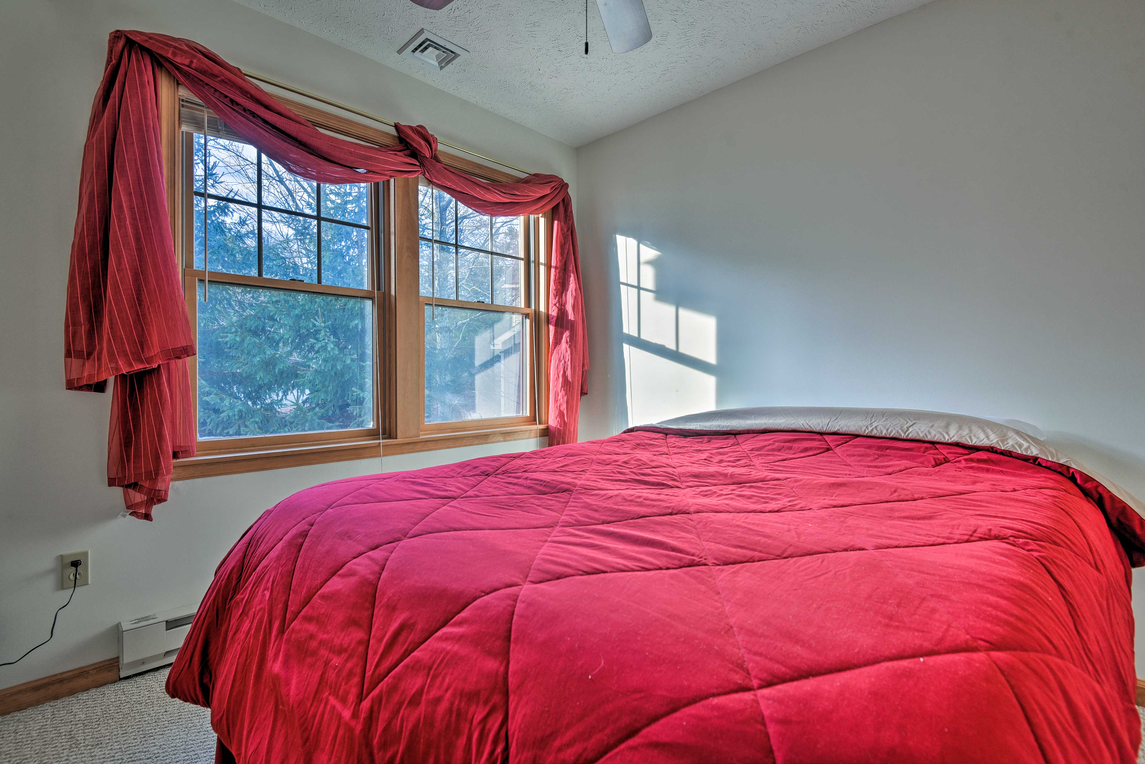 Rise and shine to ample natural sunlight entering the bedroom.