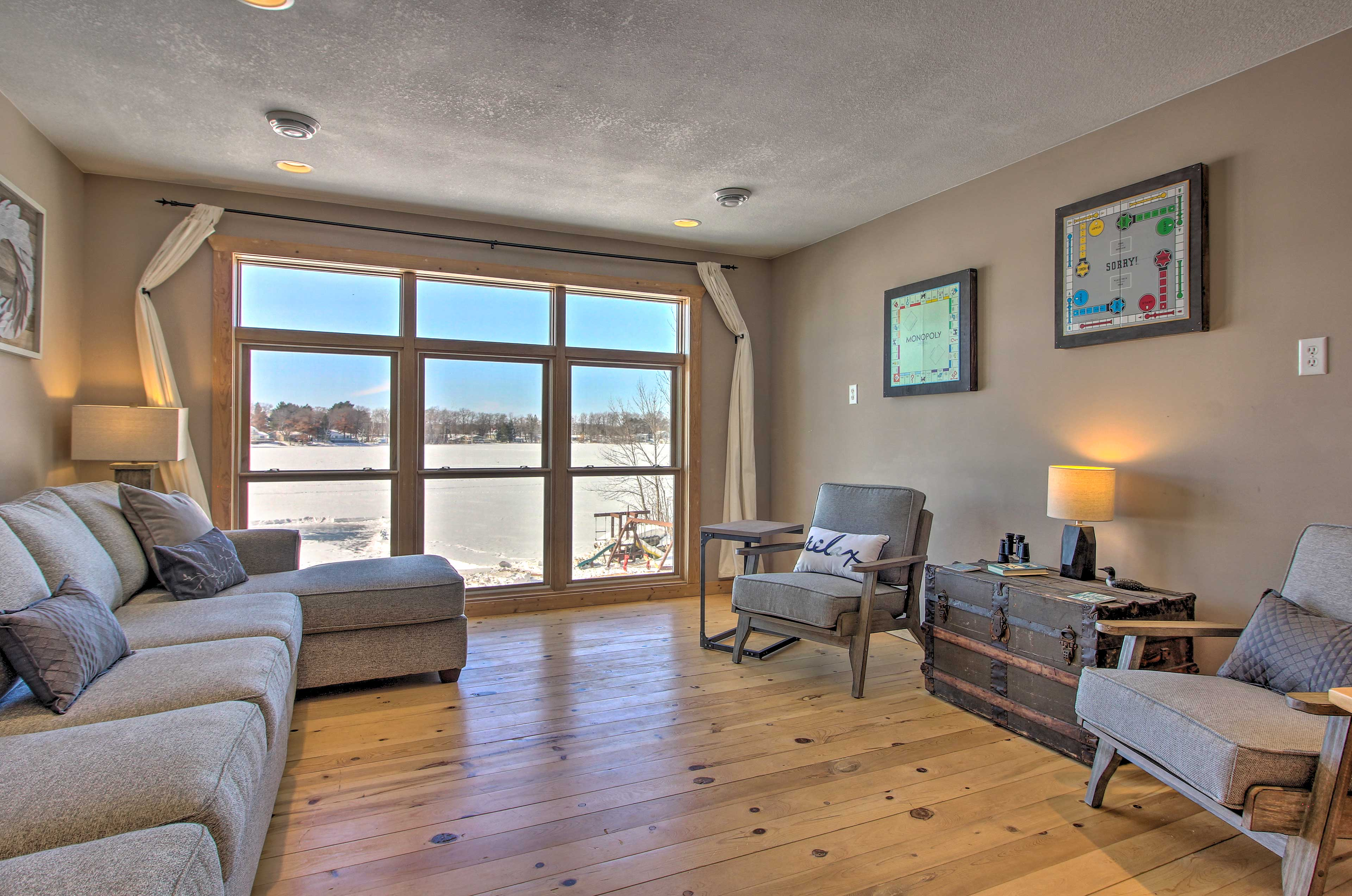 The second living area features incredible views through the longview windows.