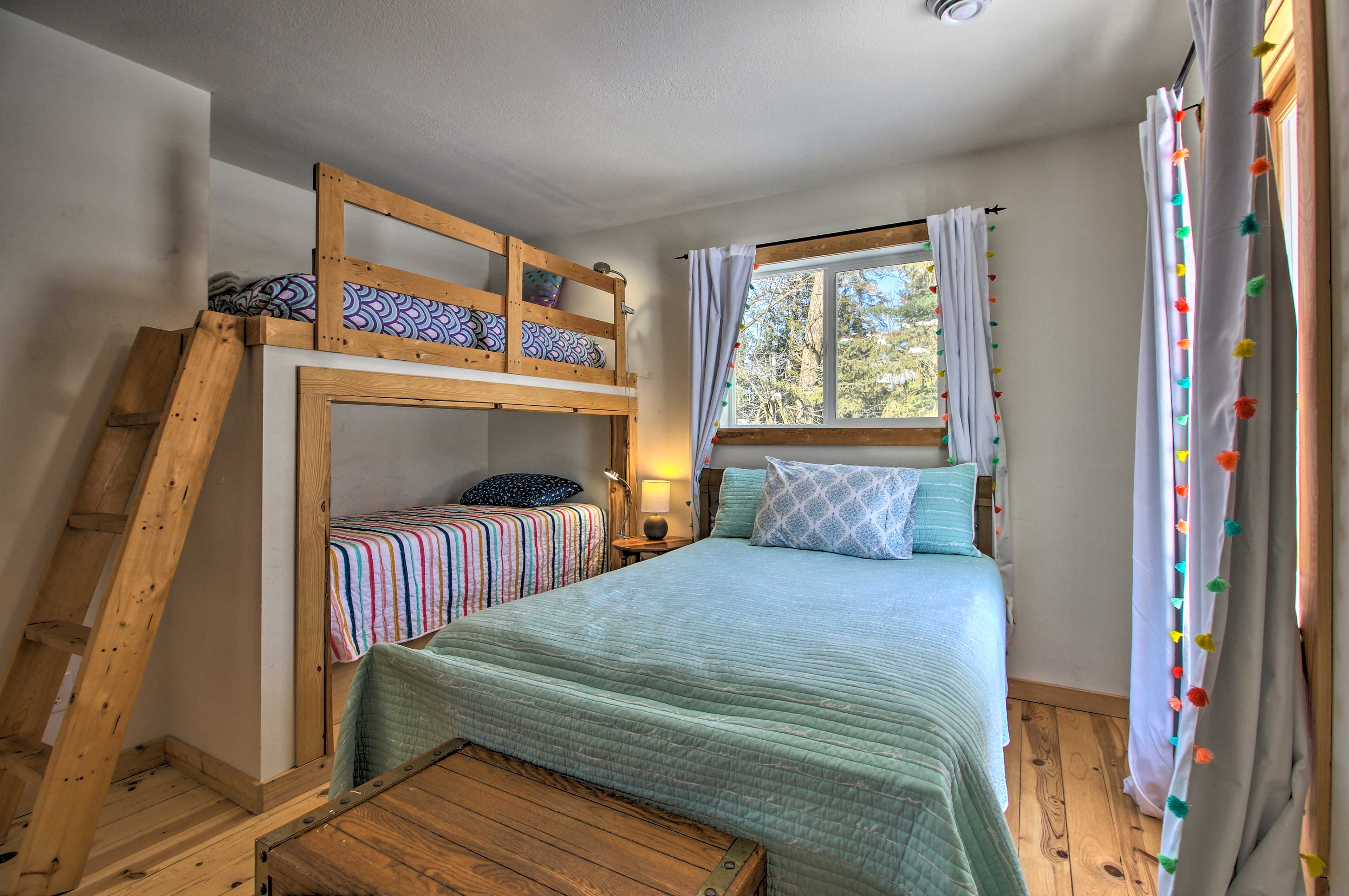 This bedroom is great for the kiddos.