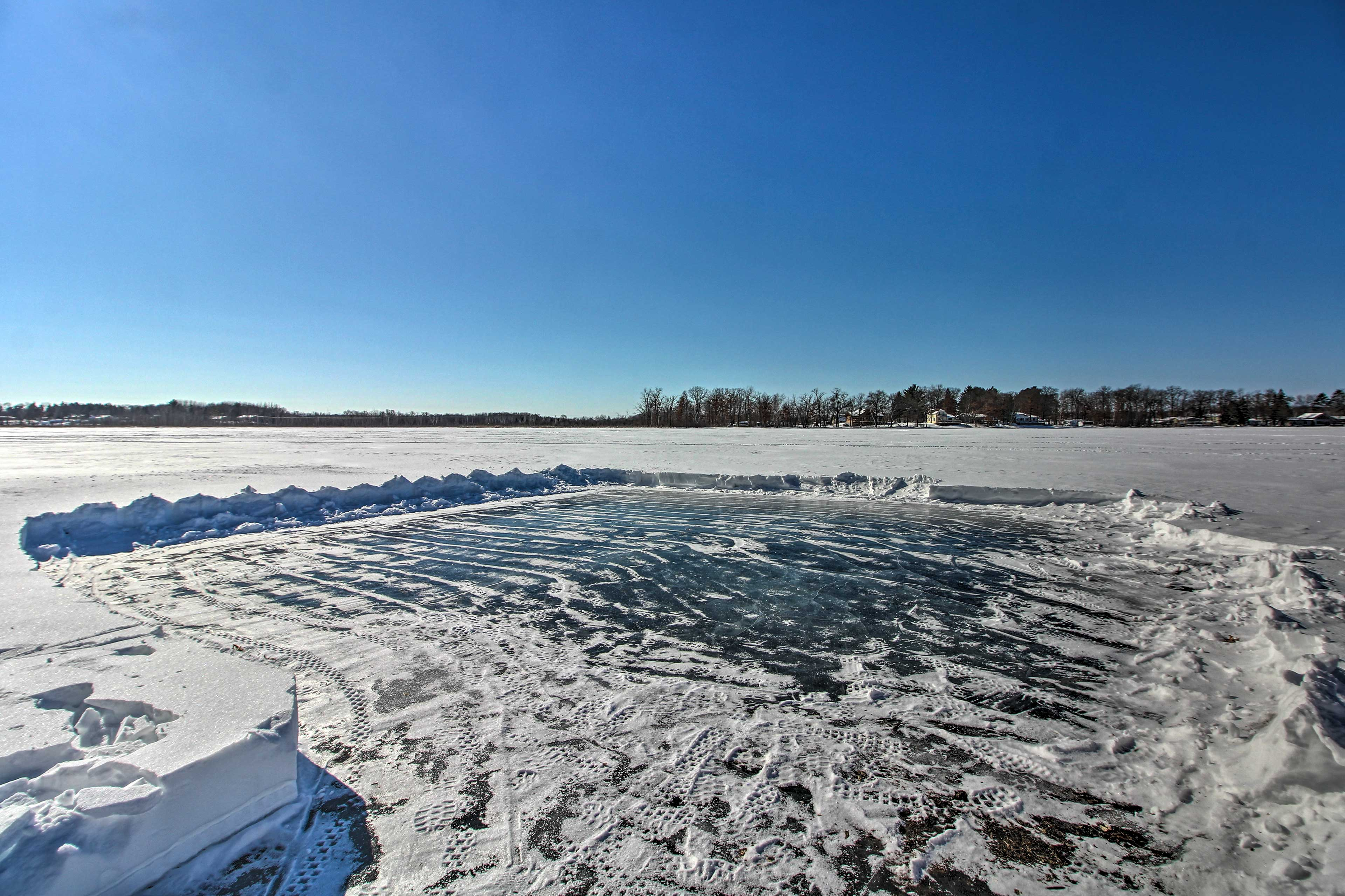 Shovel off the lake for a game of pond hockey!