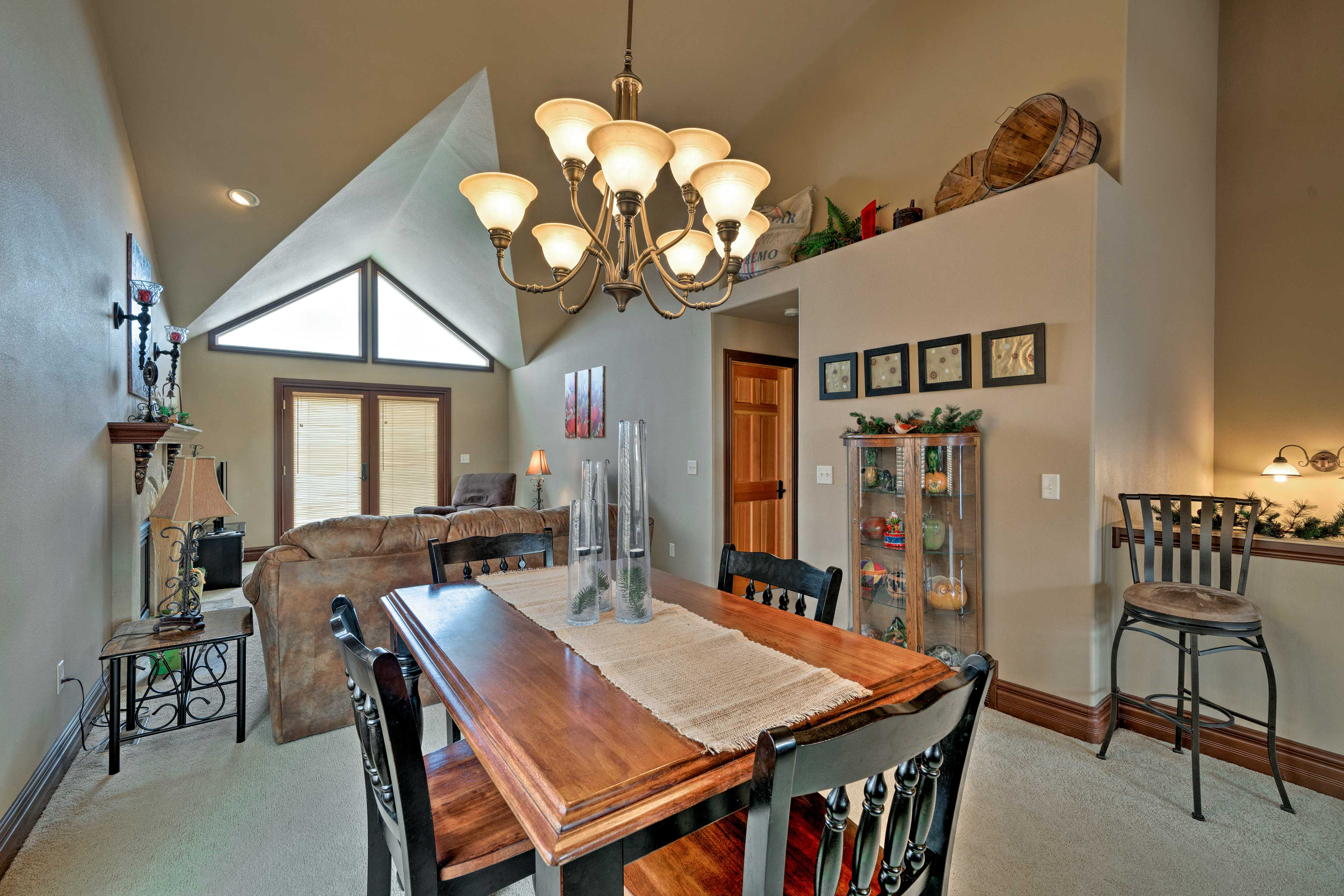 Step from the living room into the dining area when your meals are ready.