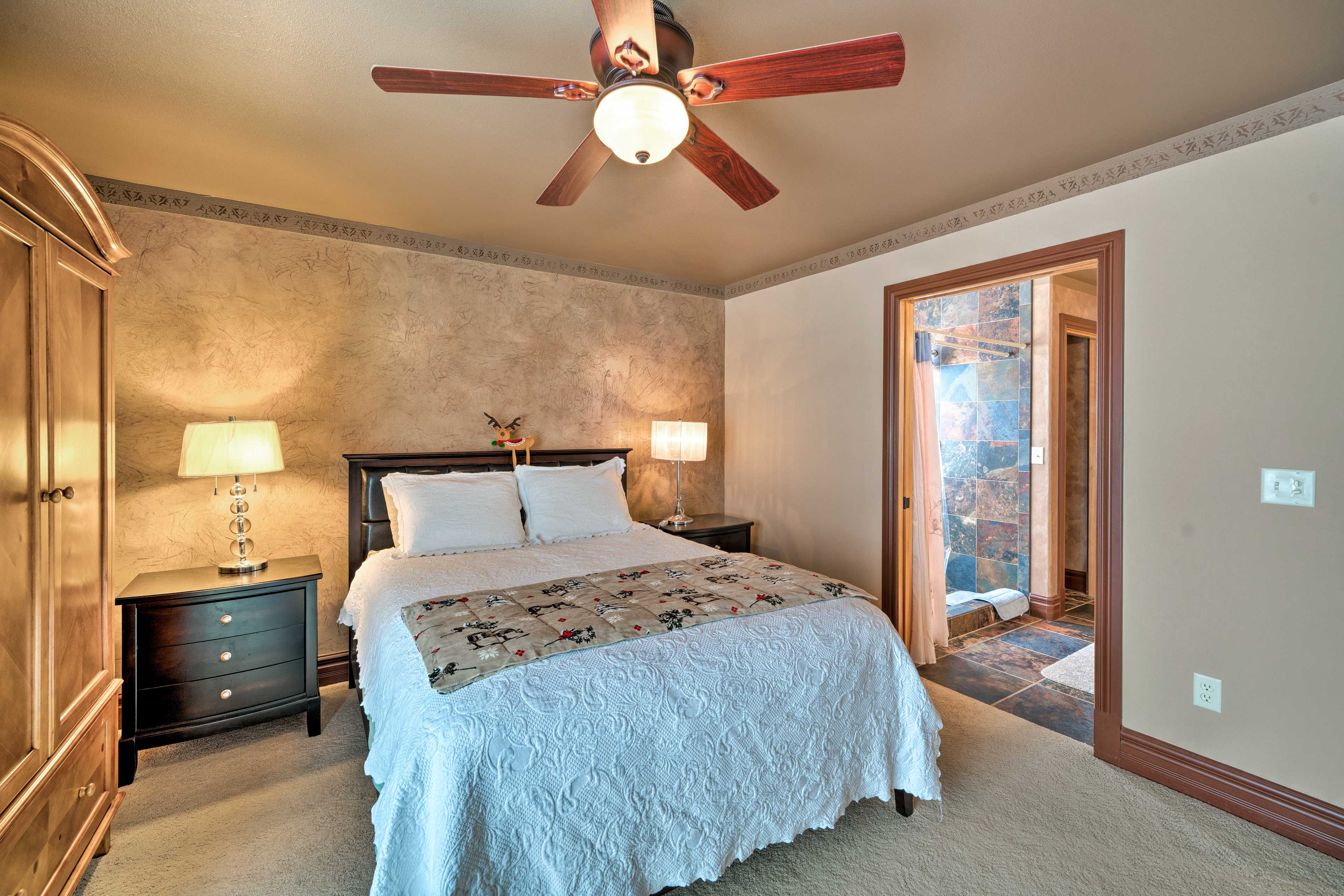 Both bedrooms offer a queen-sized bed.