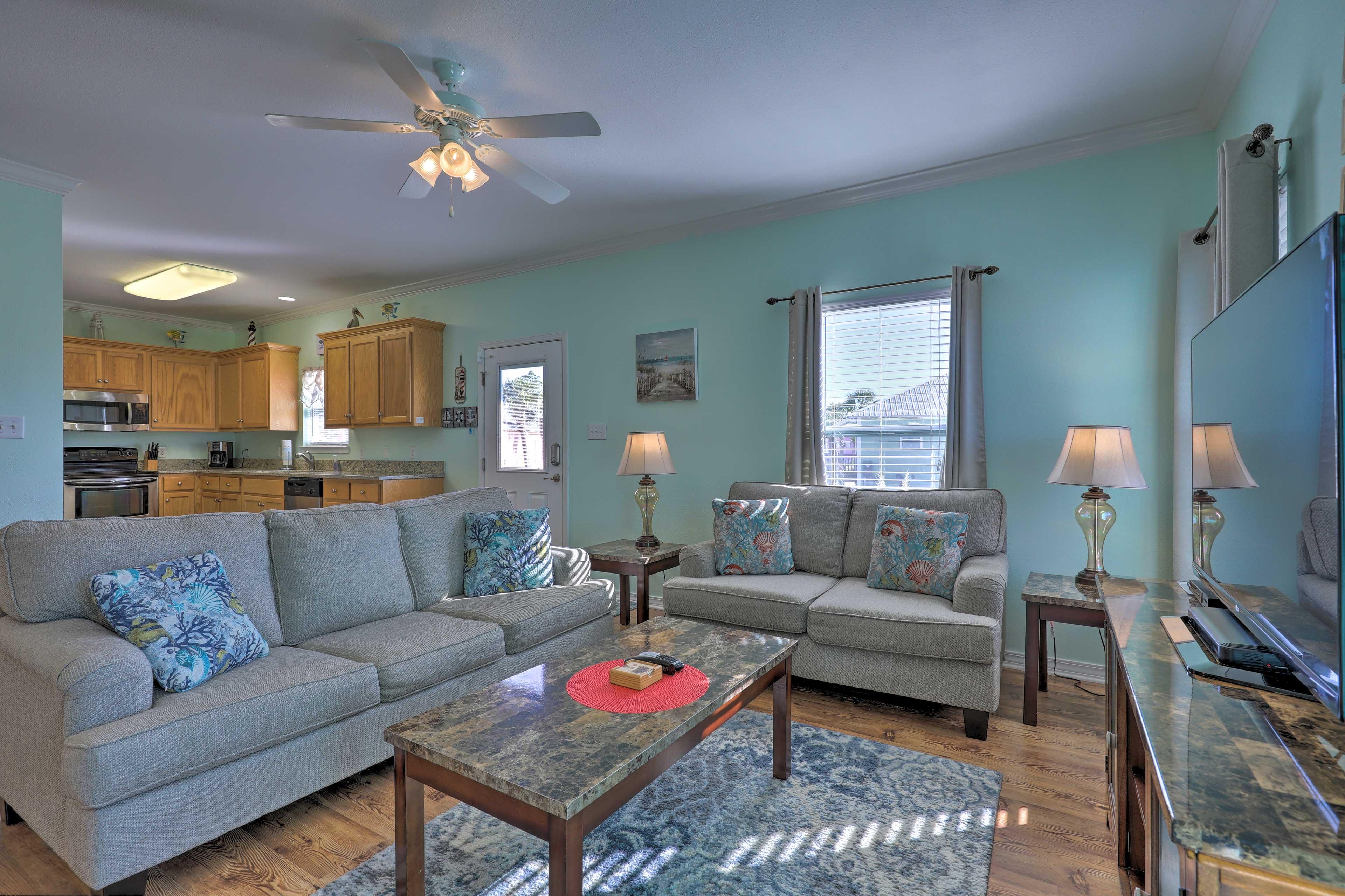 Living Room | Queen Sleeper Sofa | Ceiling Fan