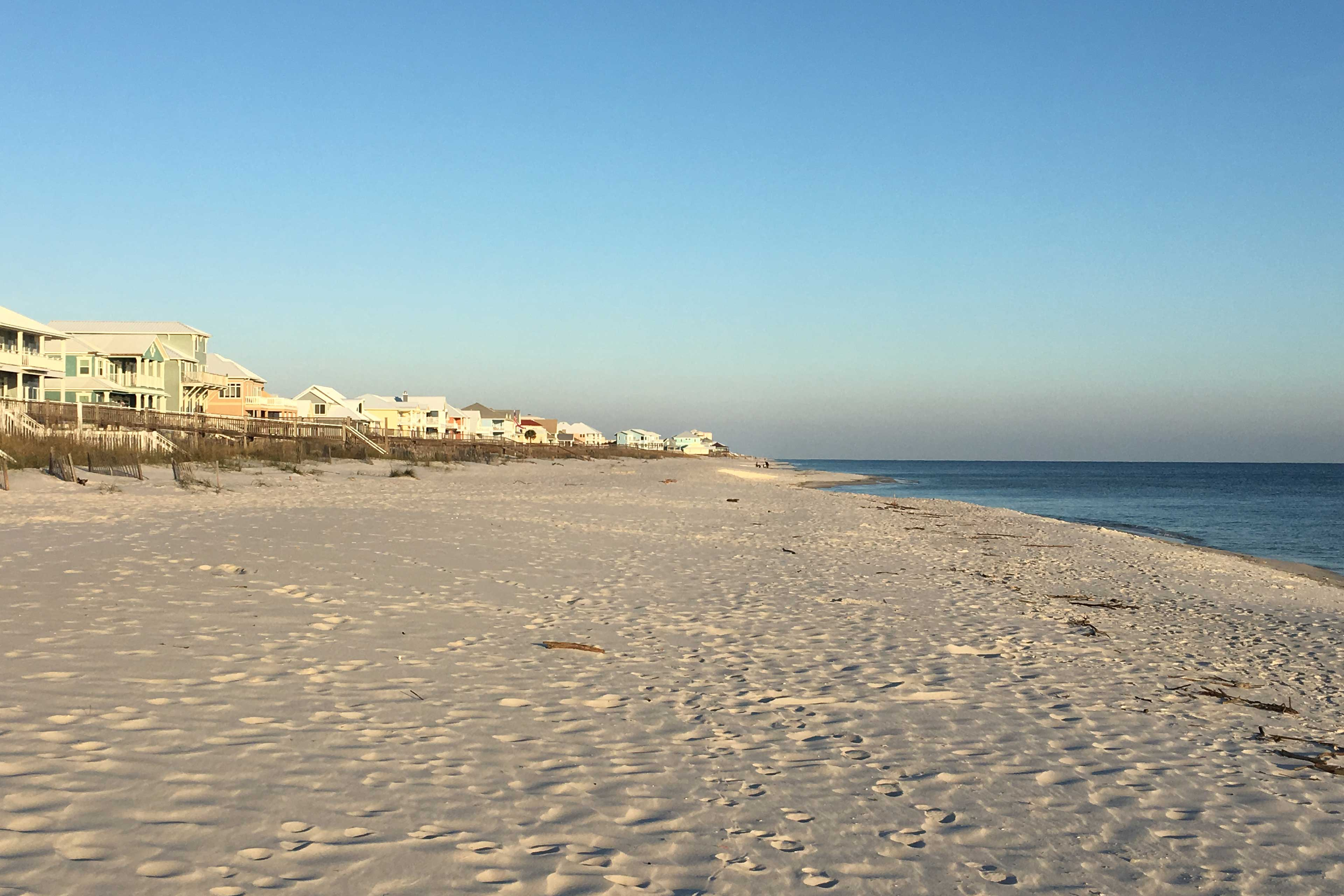 Nearby Attractions | Public Beach | Gulf of Mexico