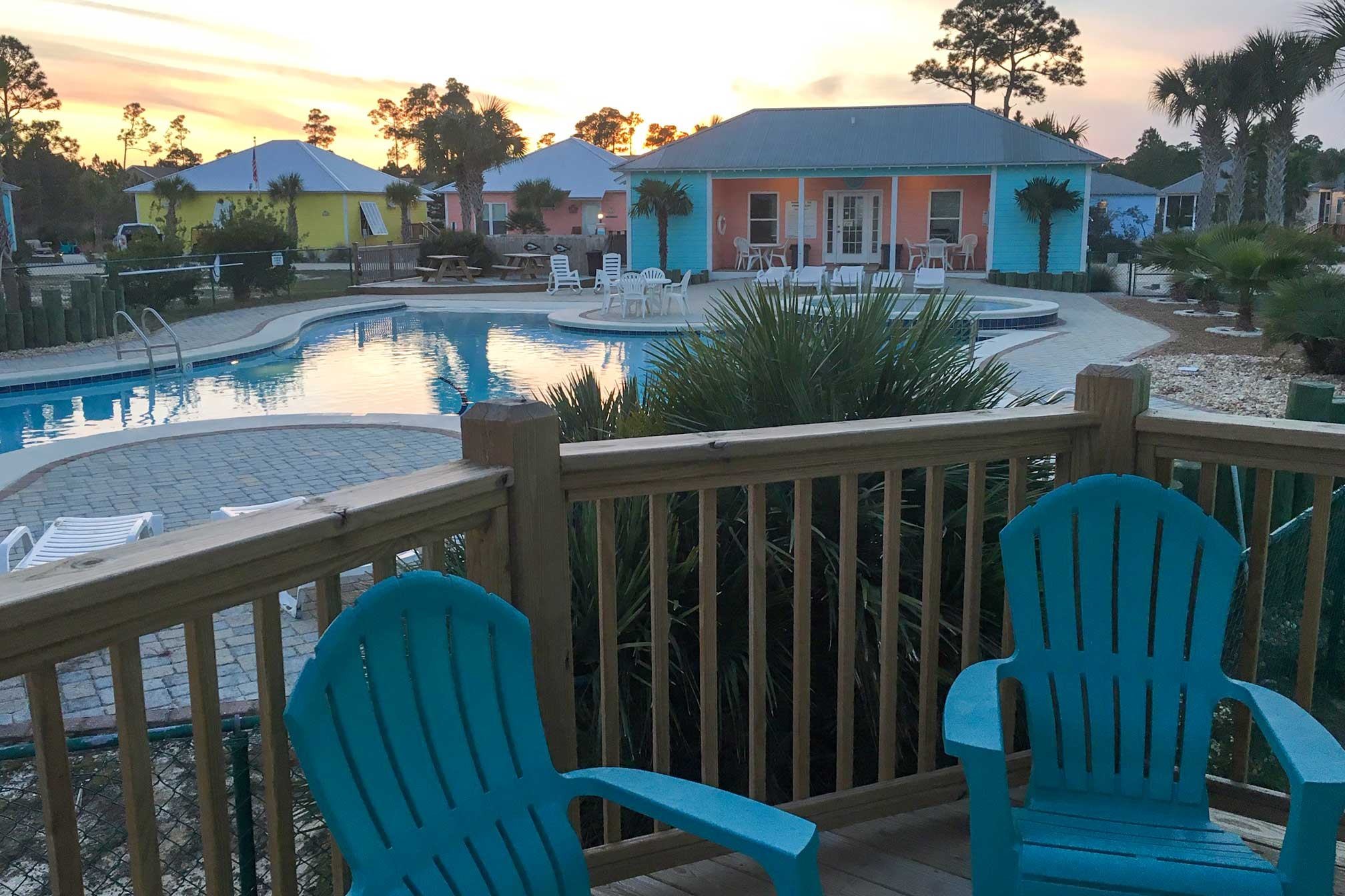 Private Deck | Community Pool View