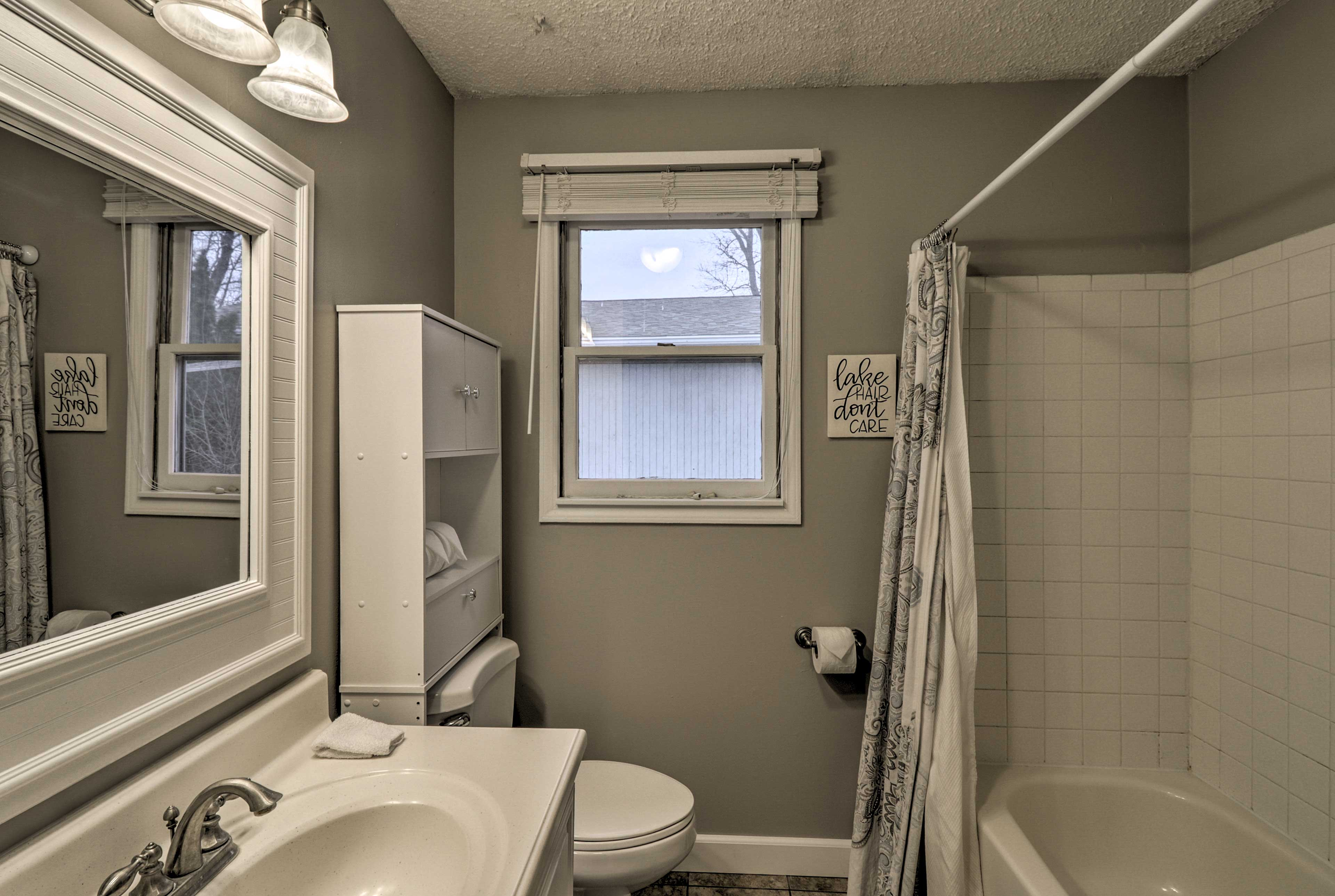 Rinse off in the first full bathroom's shower/tub combo.