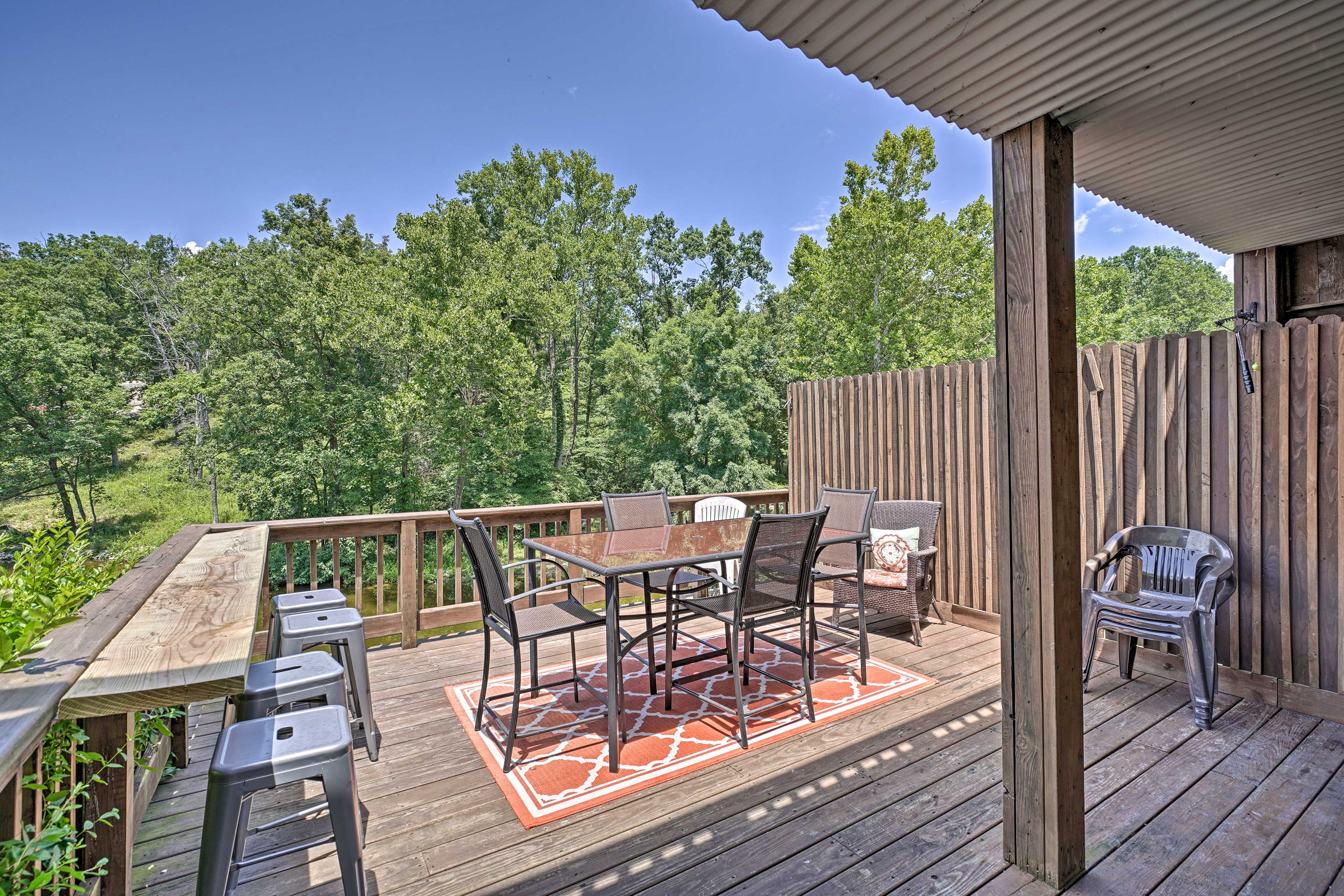 The extended upper deck can host the perfect dinner al fresco.
