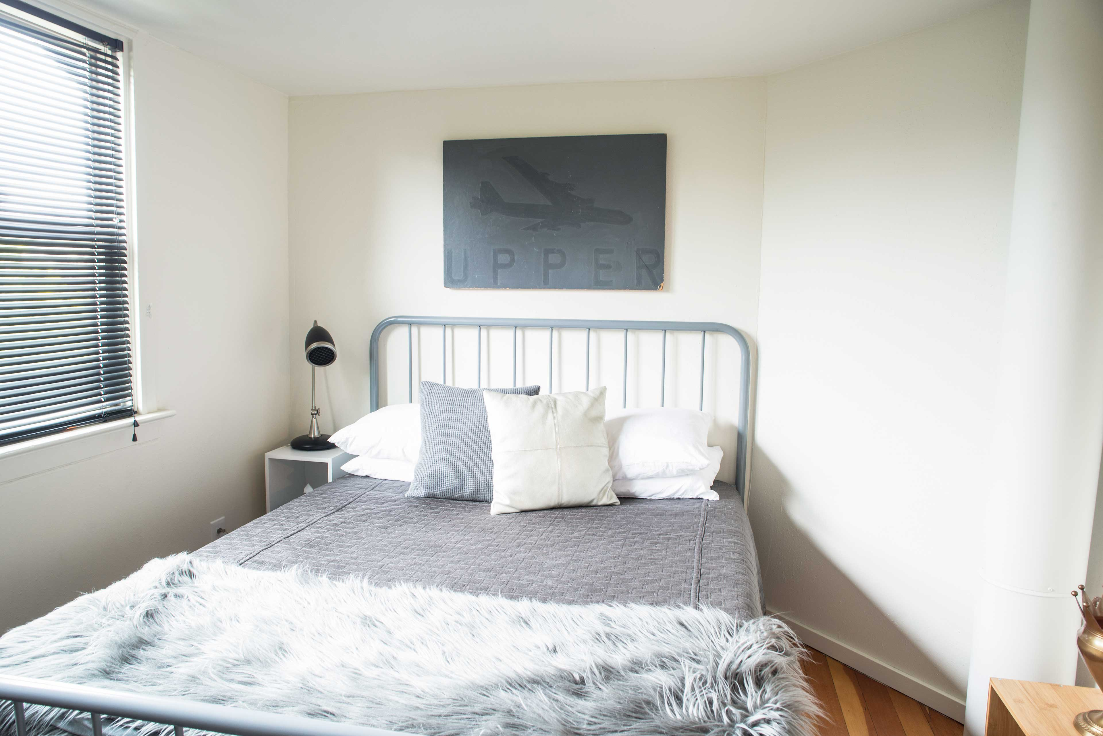 You'll find another queen bed in this room.