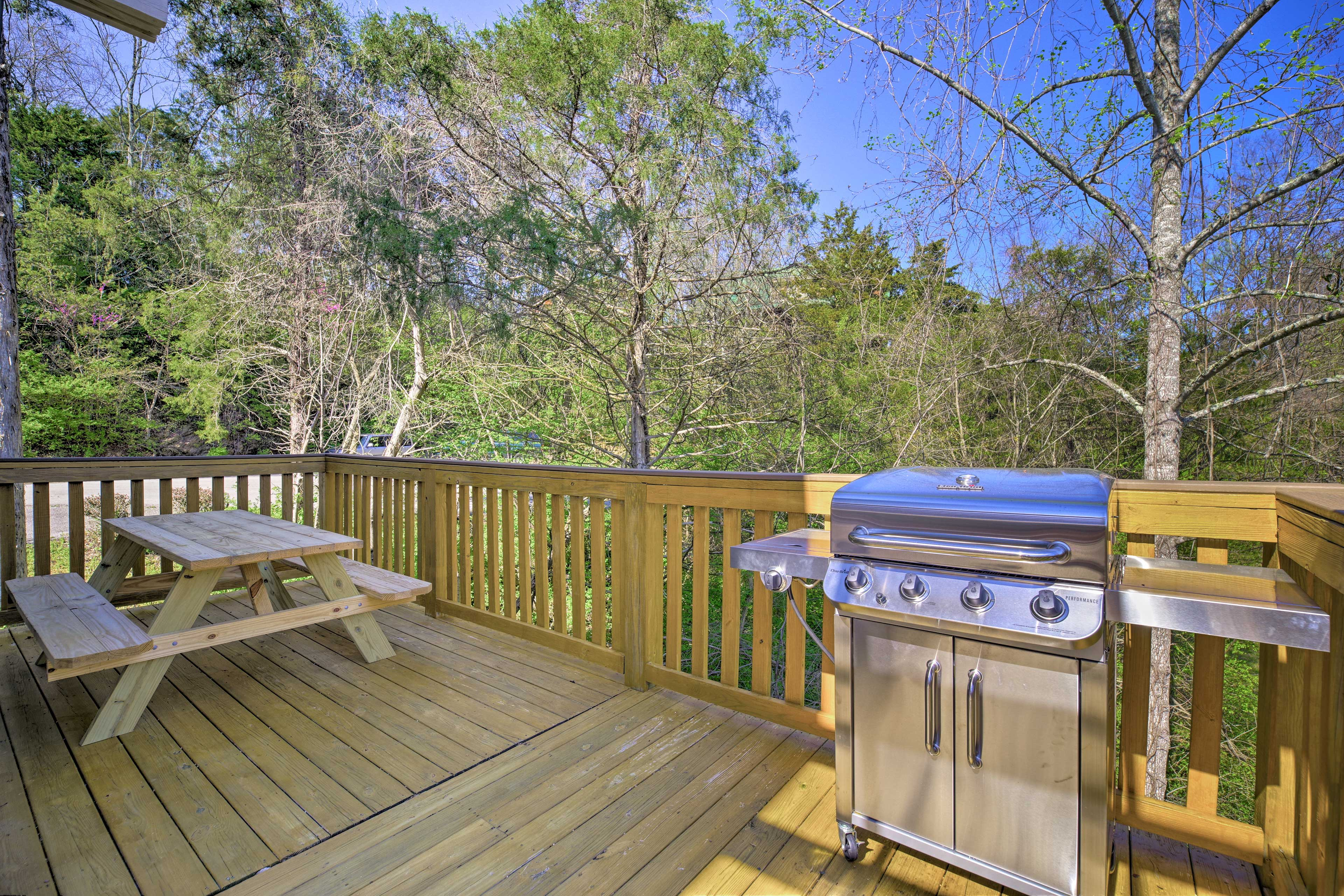 Fire up the gas grill and enjoy a family cookout!