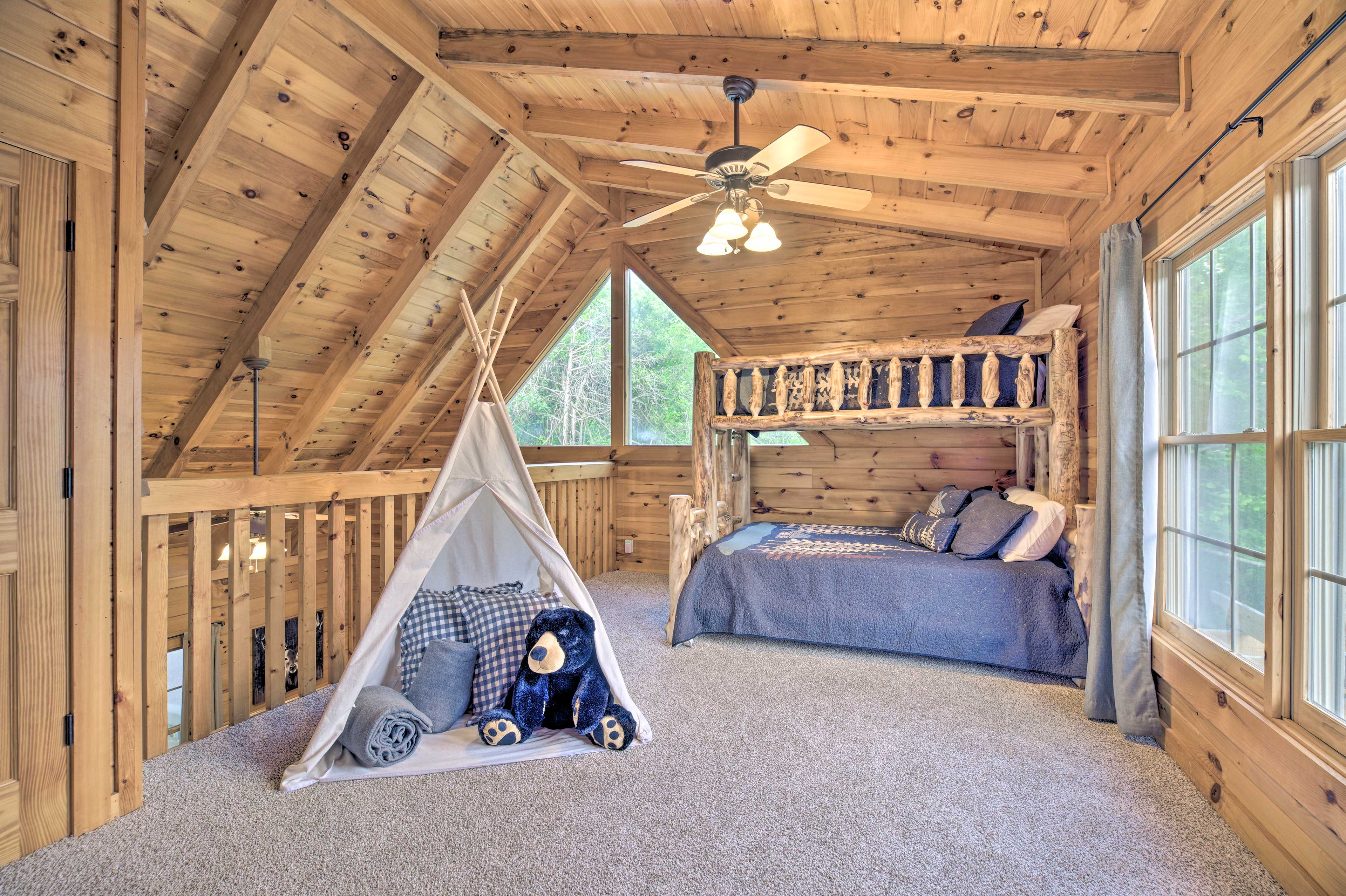 The kiddos will love the lofted space!