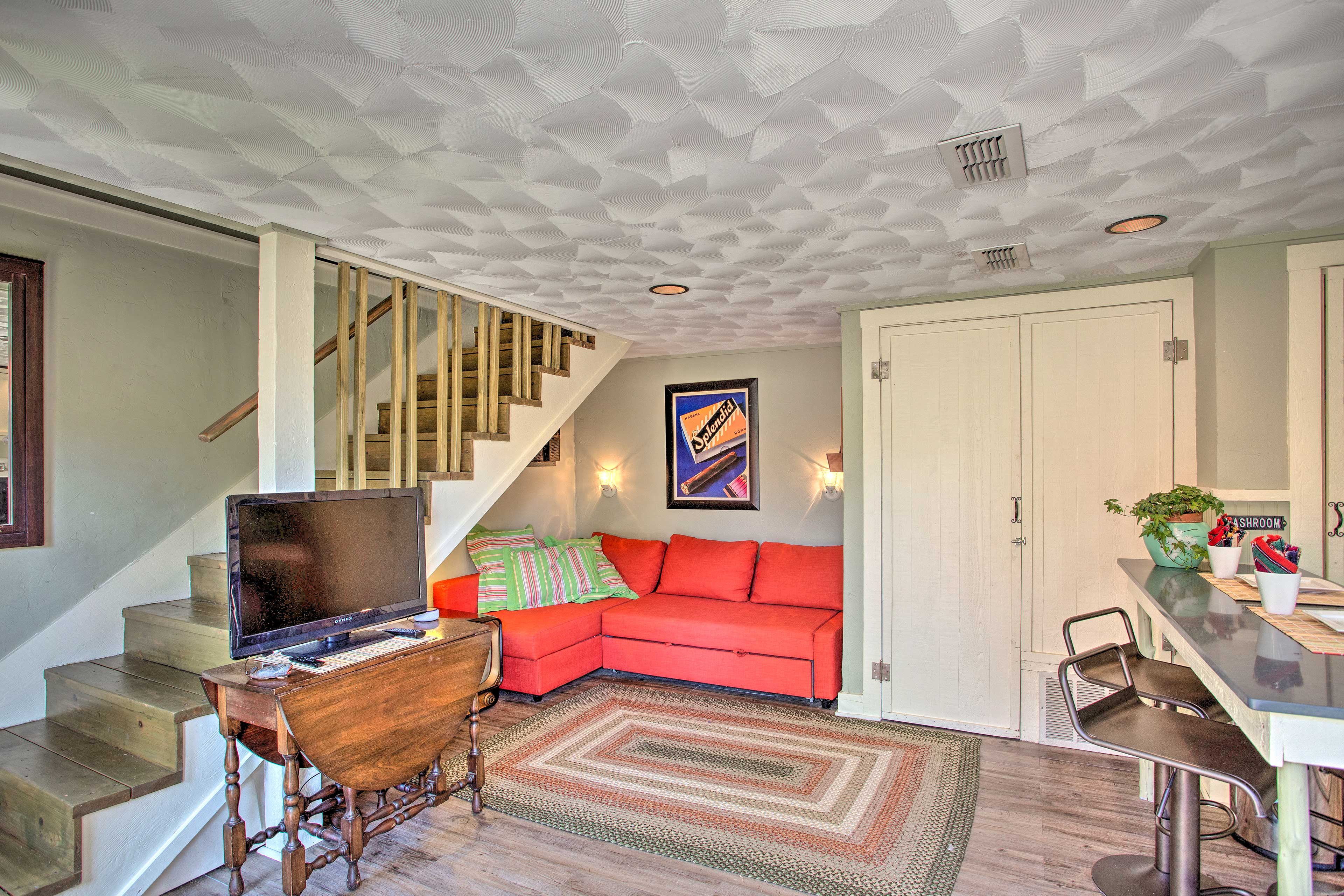'The Quarters at Fairmount' offers 4 guests a stay in the historic district.