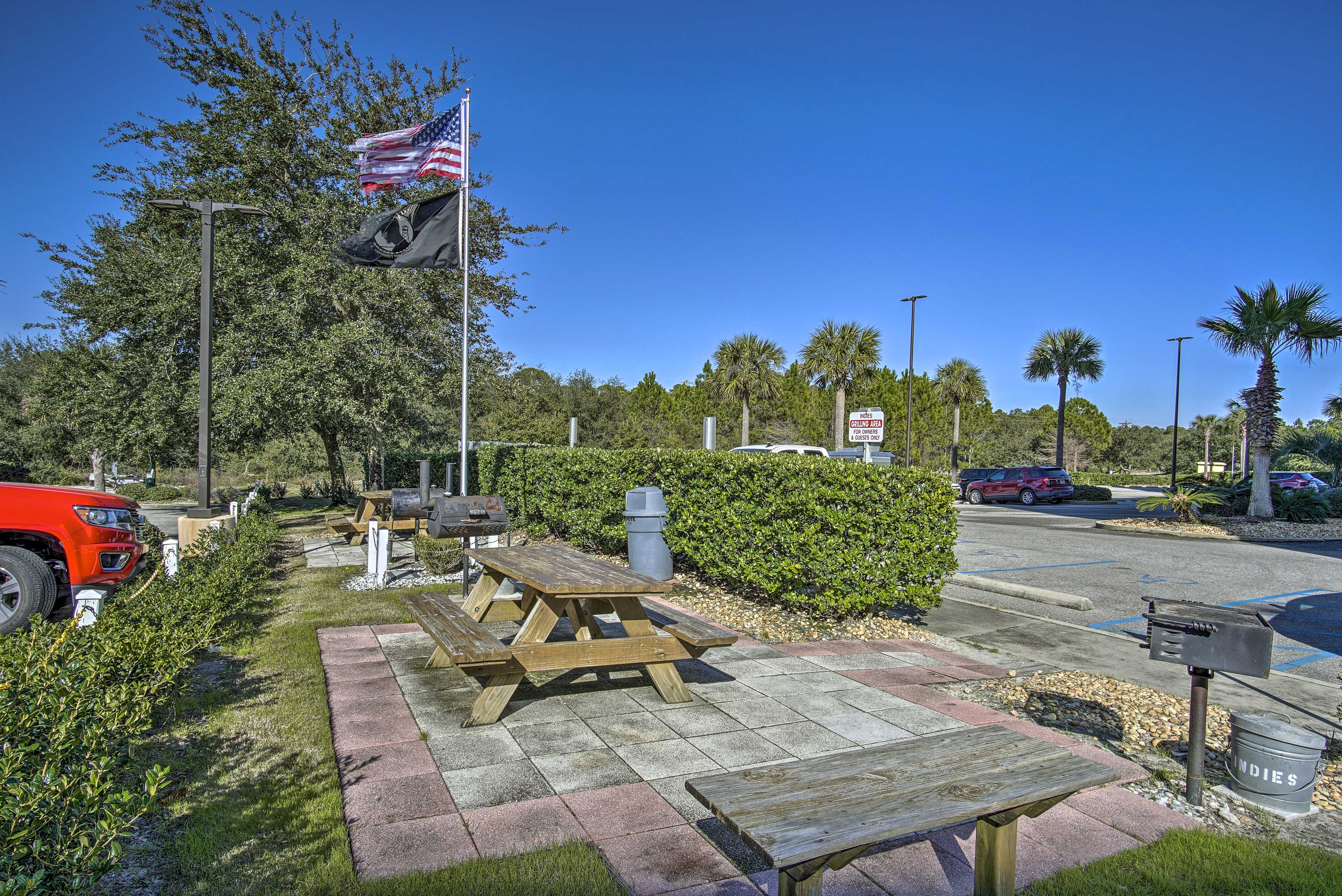There are picnic areas throughout the property.