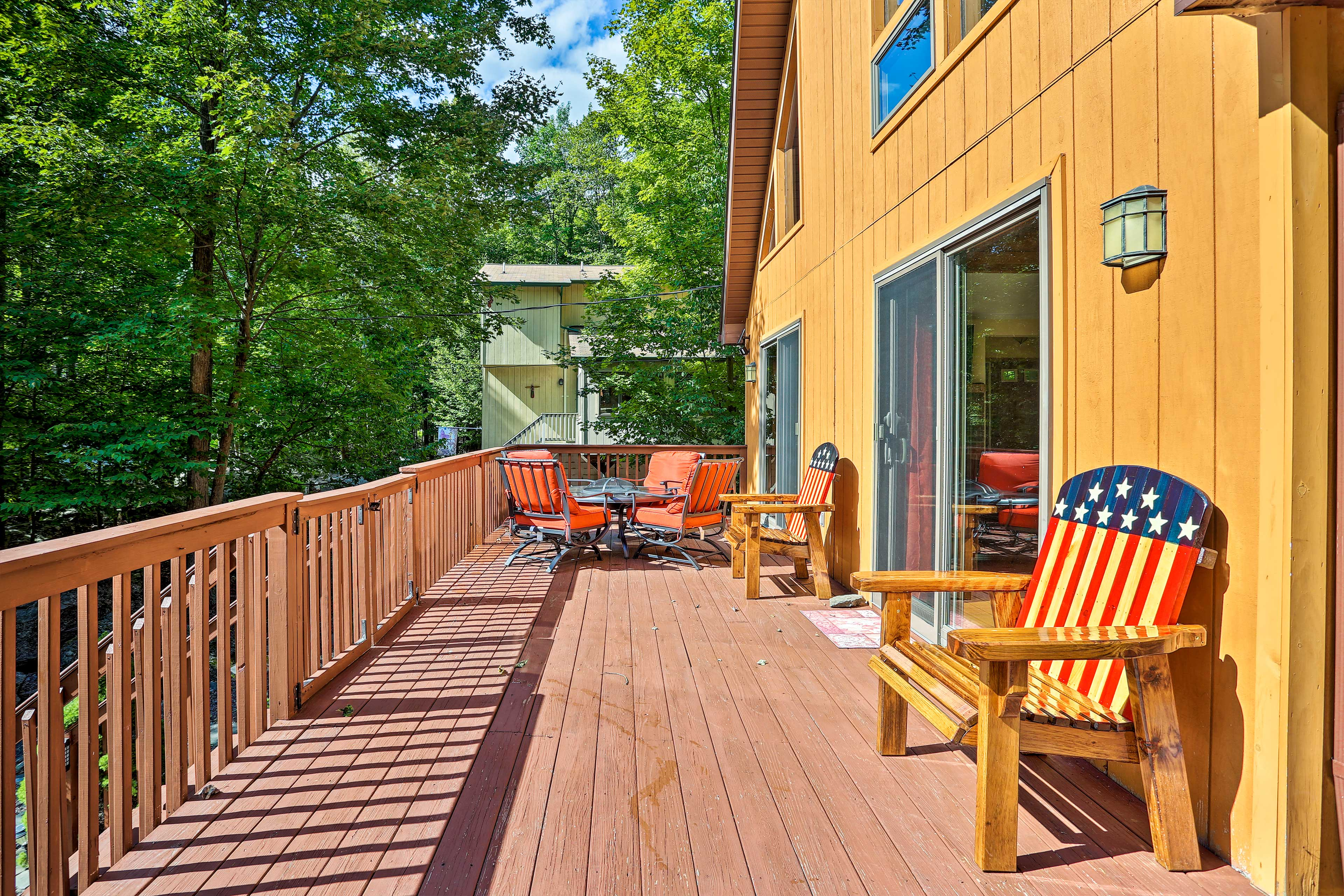 The deck has a fire pit and gas grill!