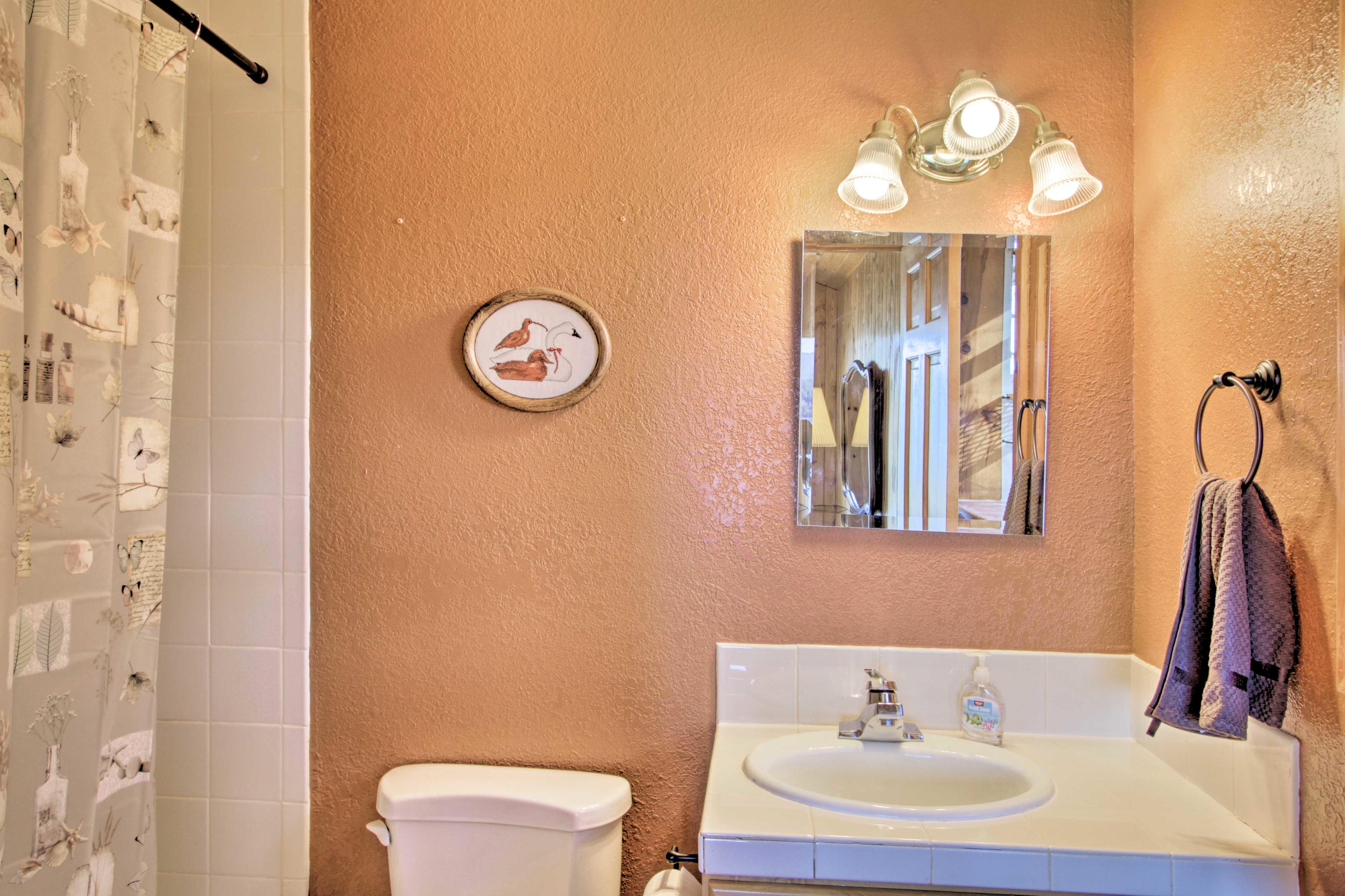 The en-suite full bathroom is only steps away!