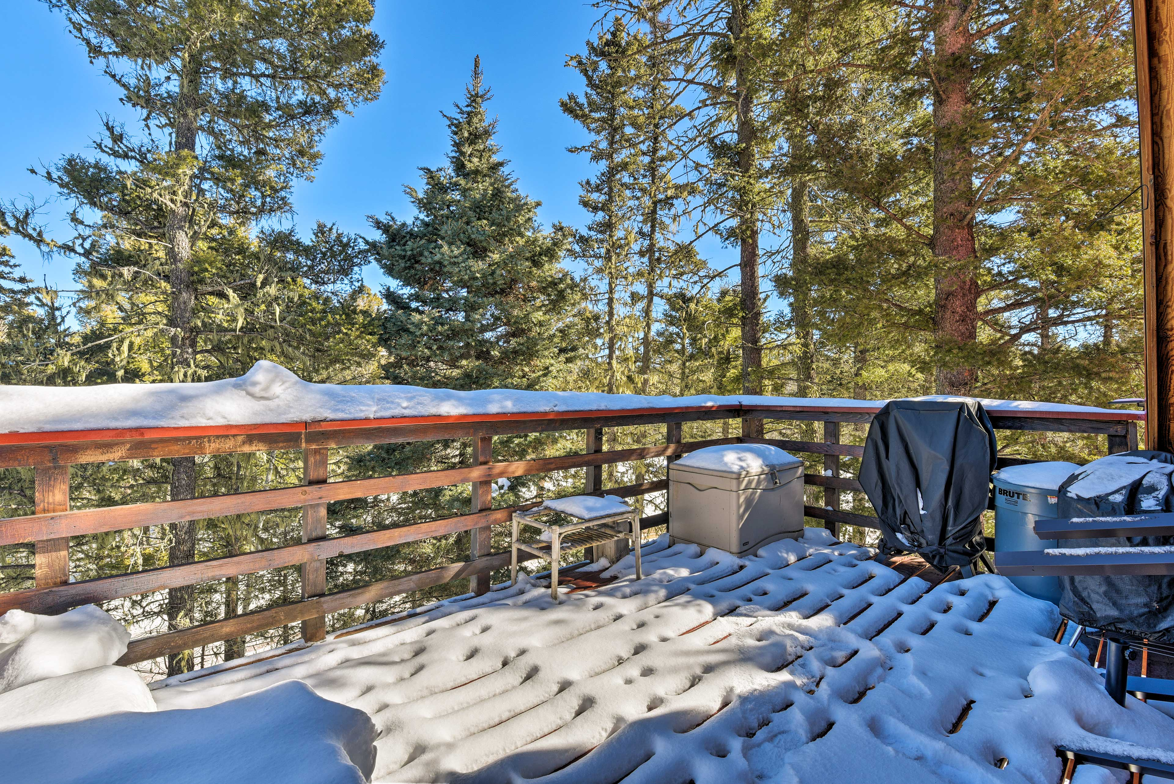 The furnished deck provides an outdoor space to dine and drink!