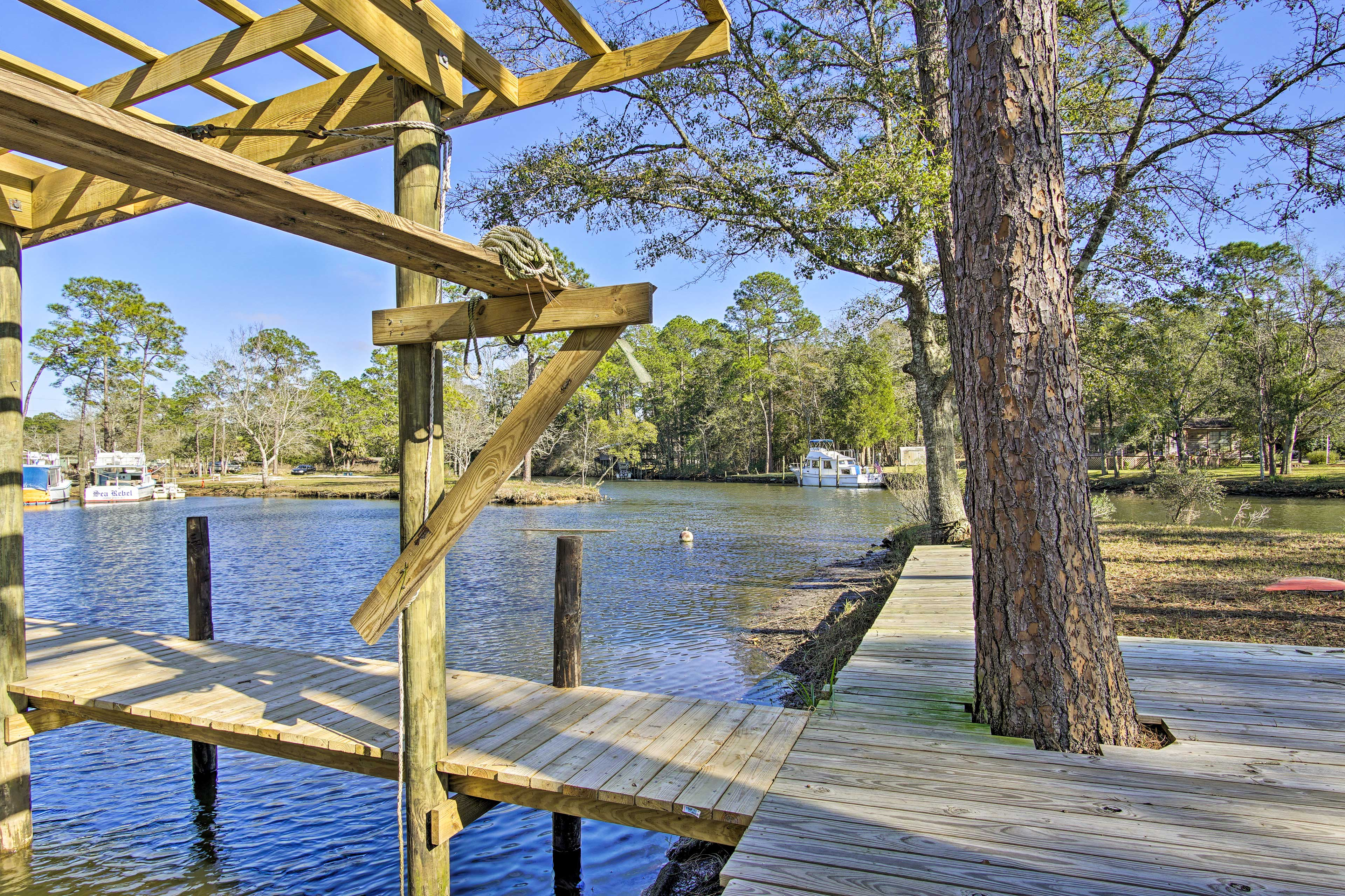 Waterfront Property   Private Boat Dock