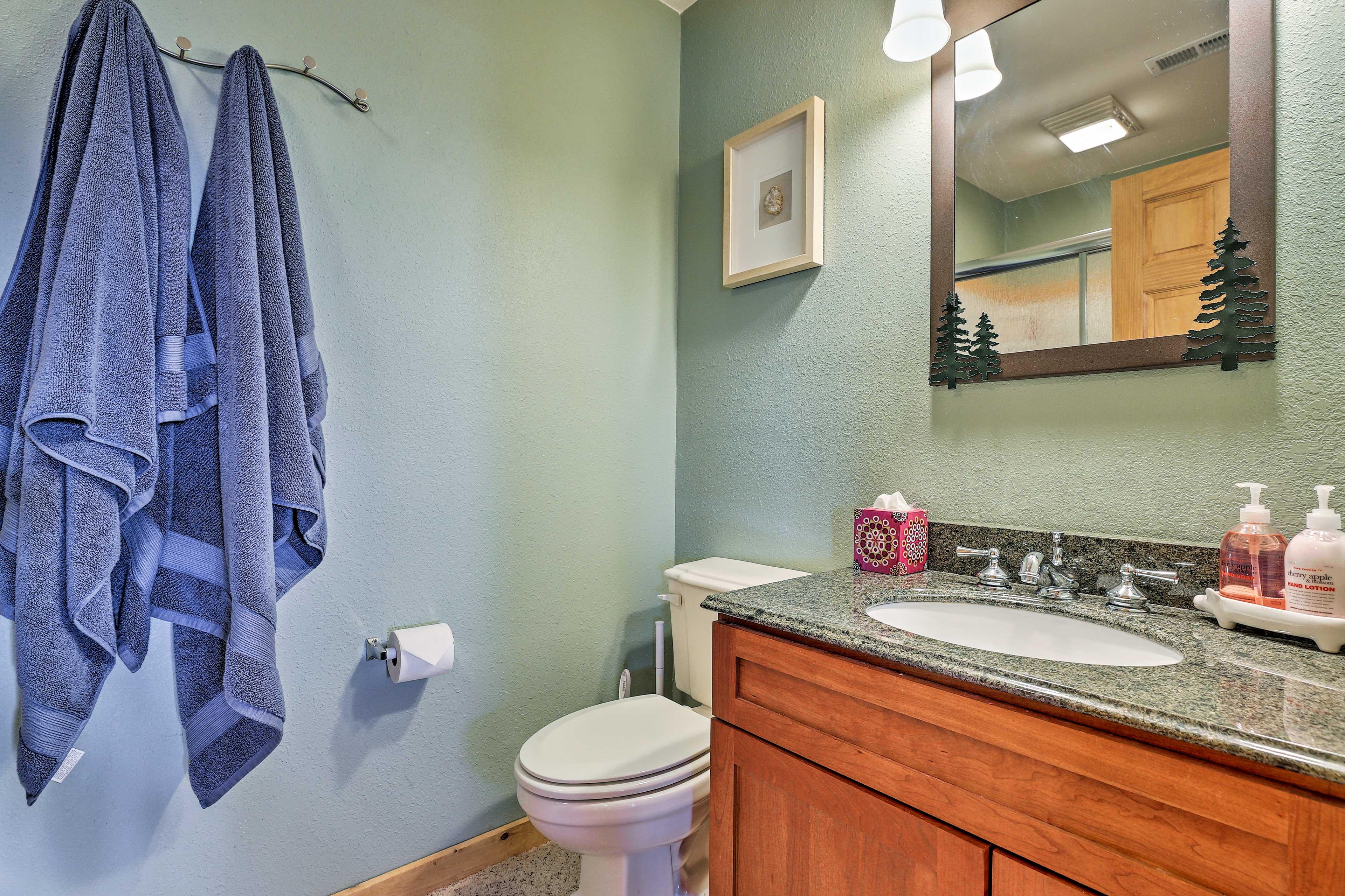 Enjoy fresh linens and towels.