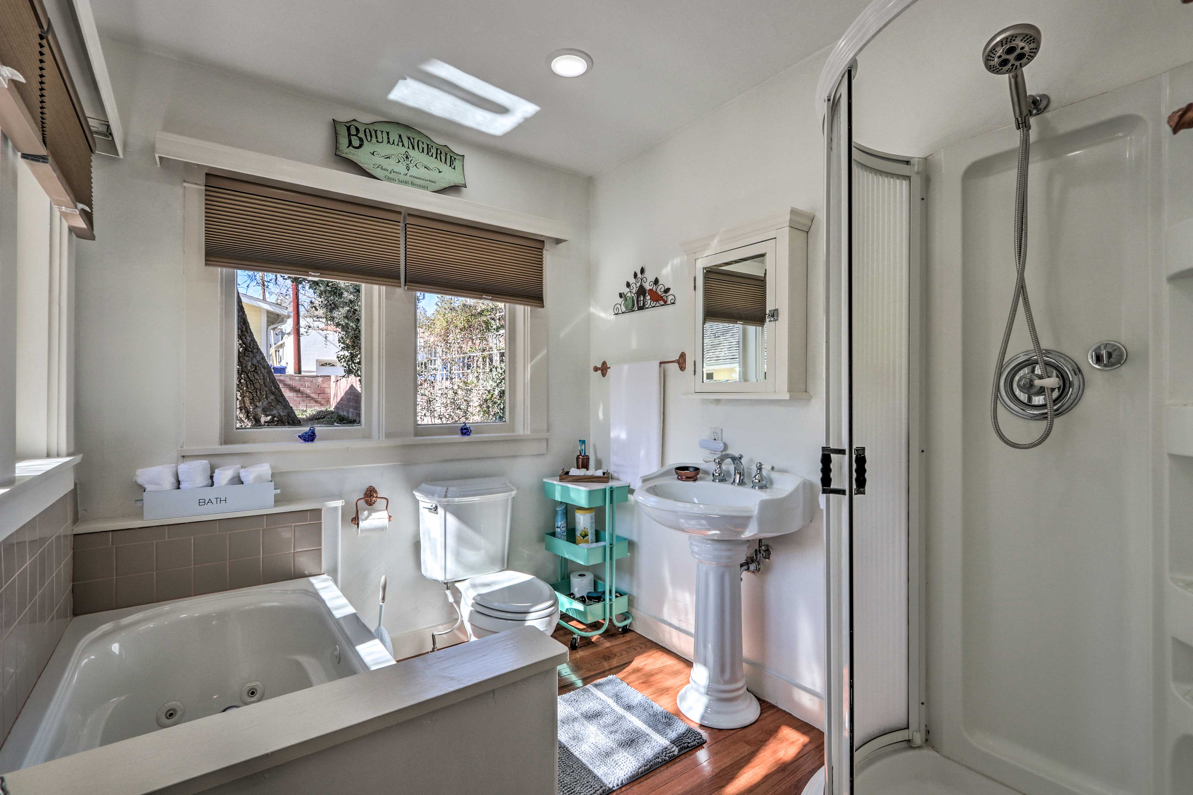 Rinse off the day in the stand-up shower or jetted tub.