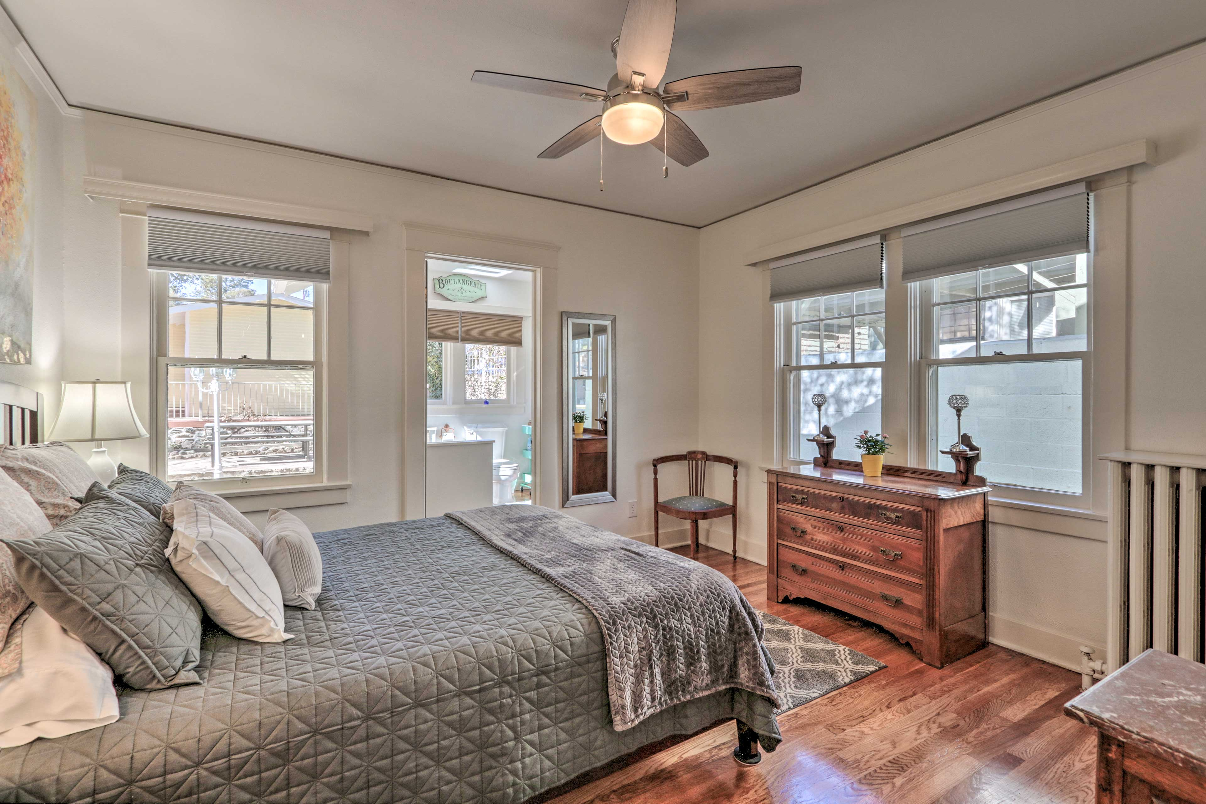 Rise and shine to ample natural sunlight entering this window-lined room.