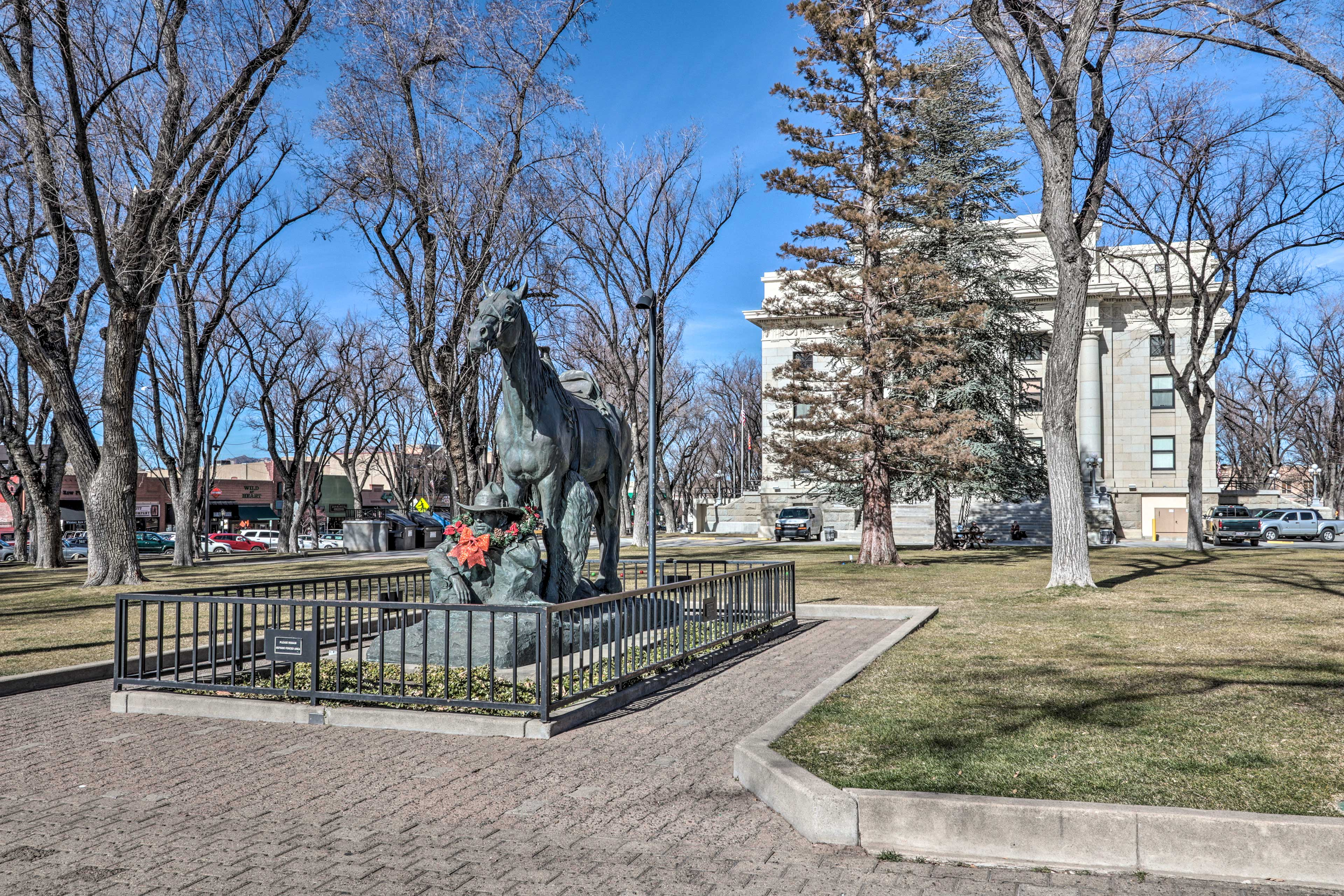 Wander around the famous Courthouse Plaza in the center of town.