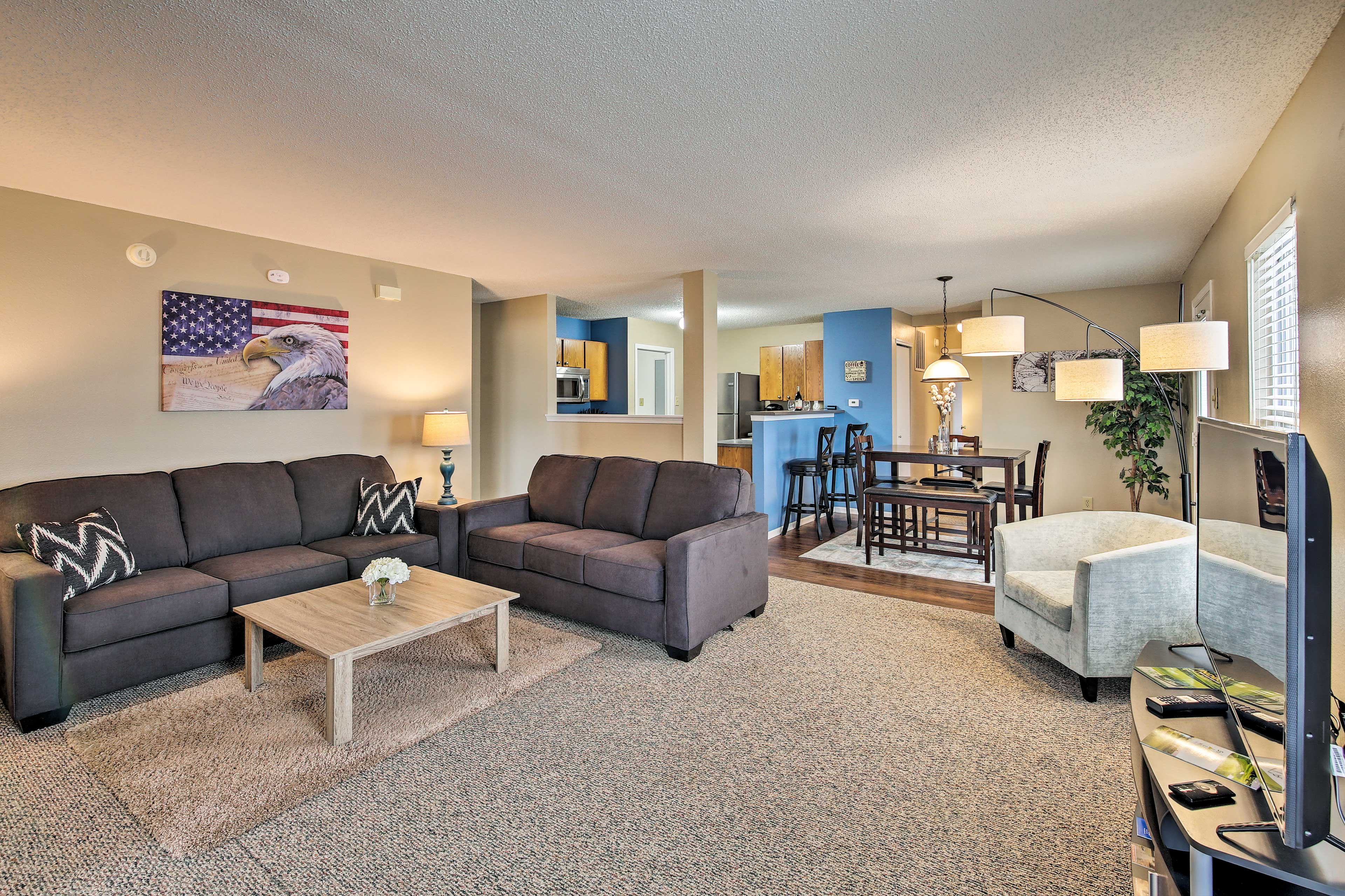 Find a home-away-from-home at this vacation rental in Lafayette!
