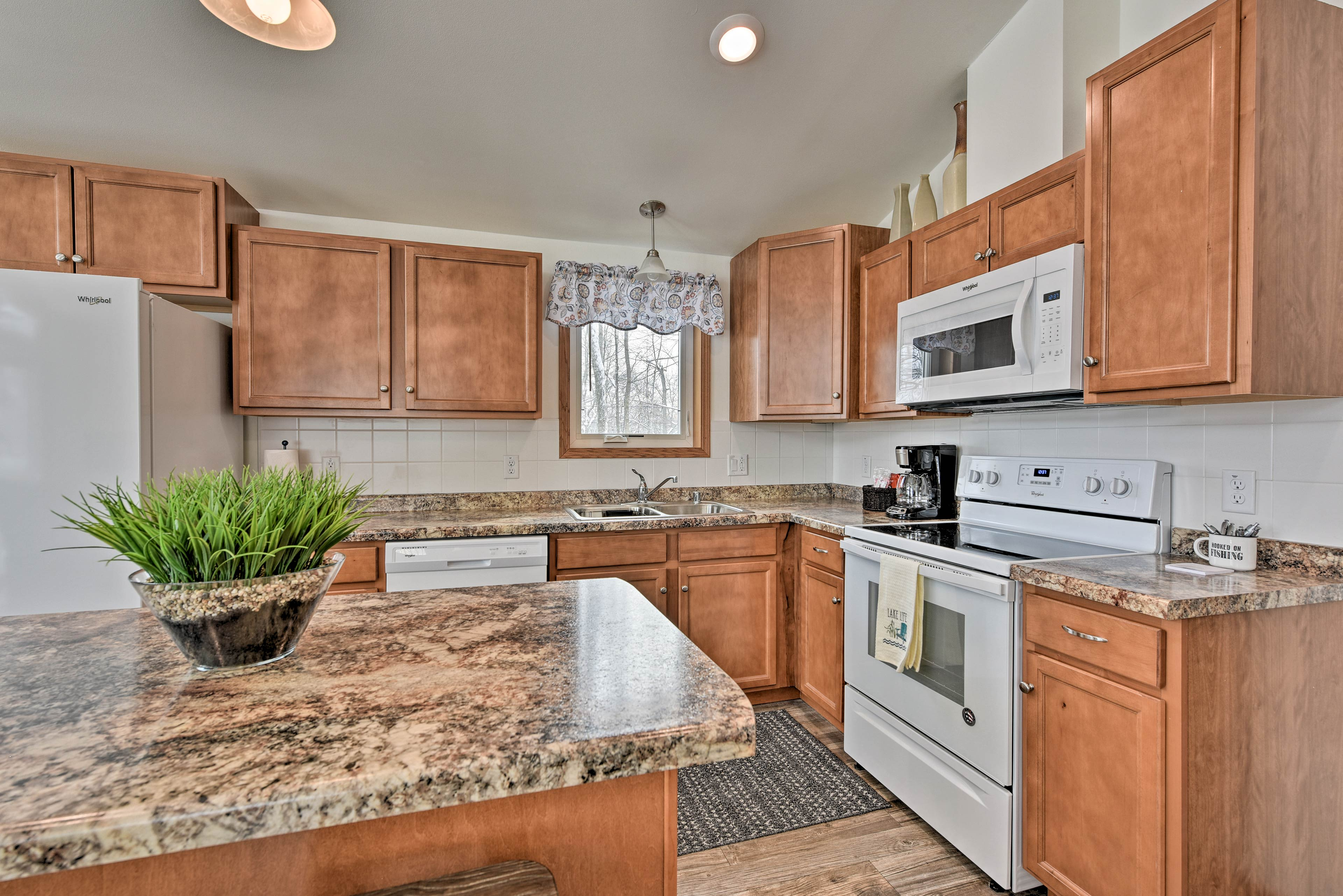 Whip up your favorite dishes in the fully equipped kitchen.