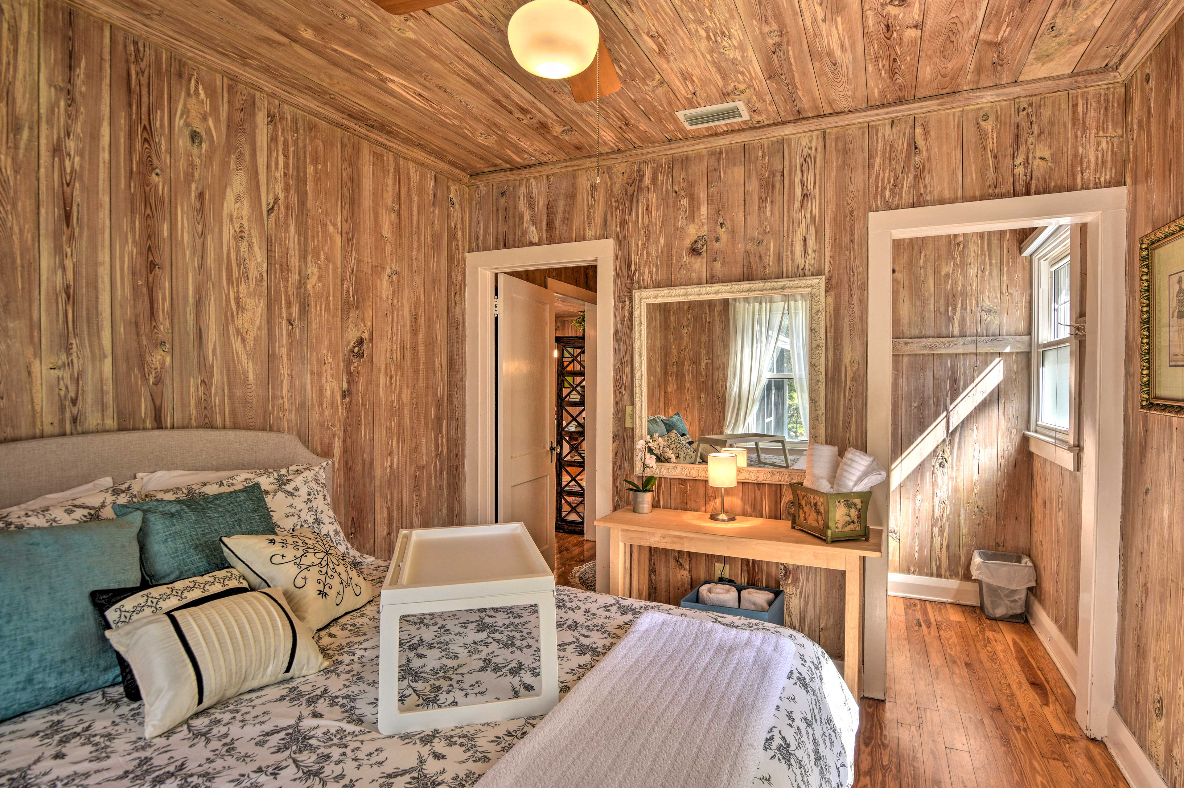 Enjoy a restful night on the queen bed in this room.