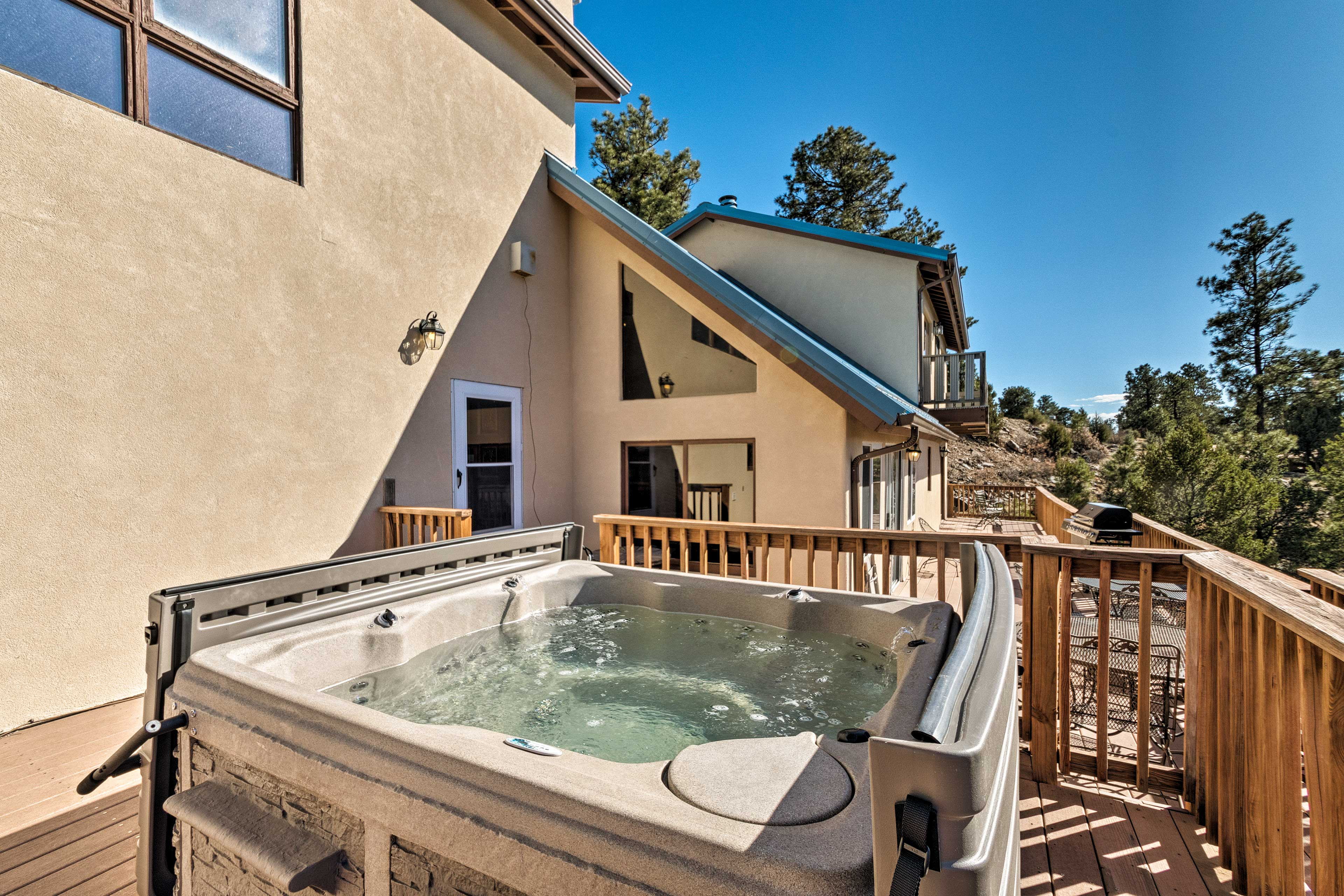 This Ruidoso home promises an unforgettable vacation.